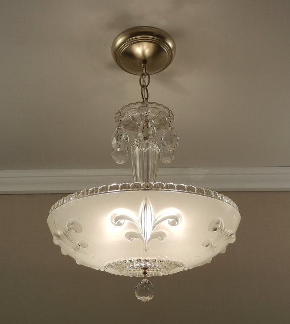 Featured Image of Fleur De Lis Light Fixtures