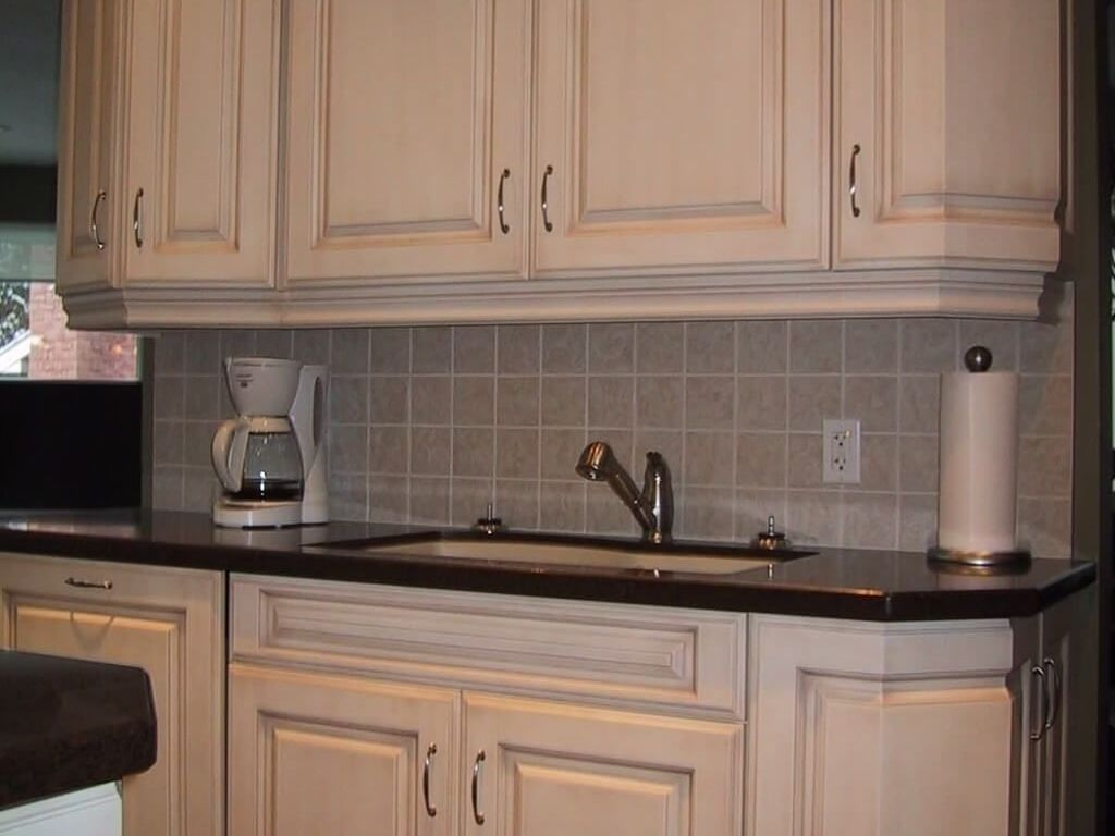 25+ White Kitchen Cupboard Doors