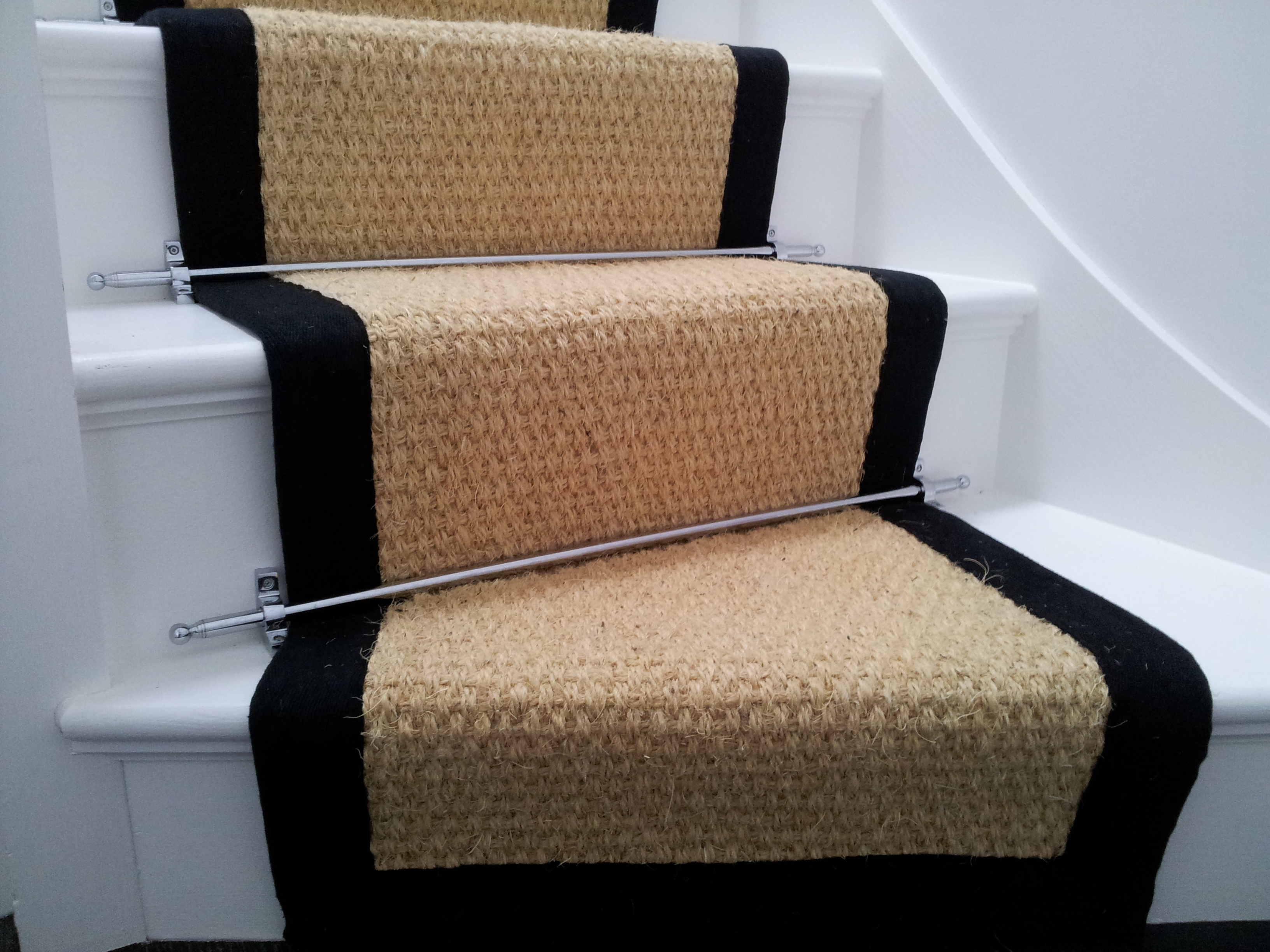 Carpet Runners For Stairs Barringer Trellis And Diamond Flatweave Pertaining To Stair Tread Rug Holders (Image 3 of 15)