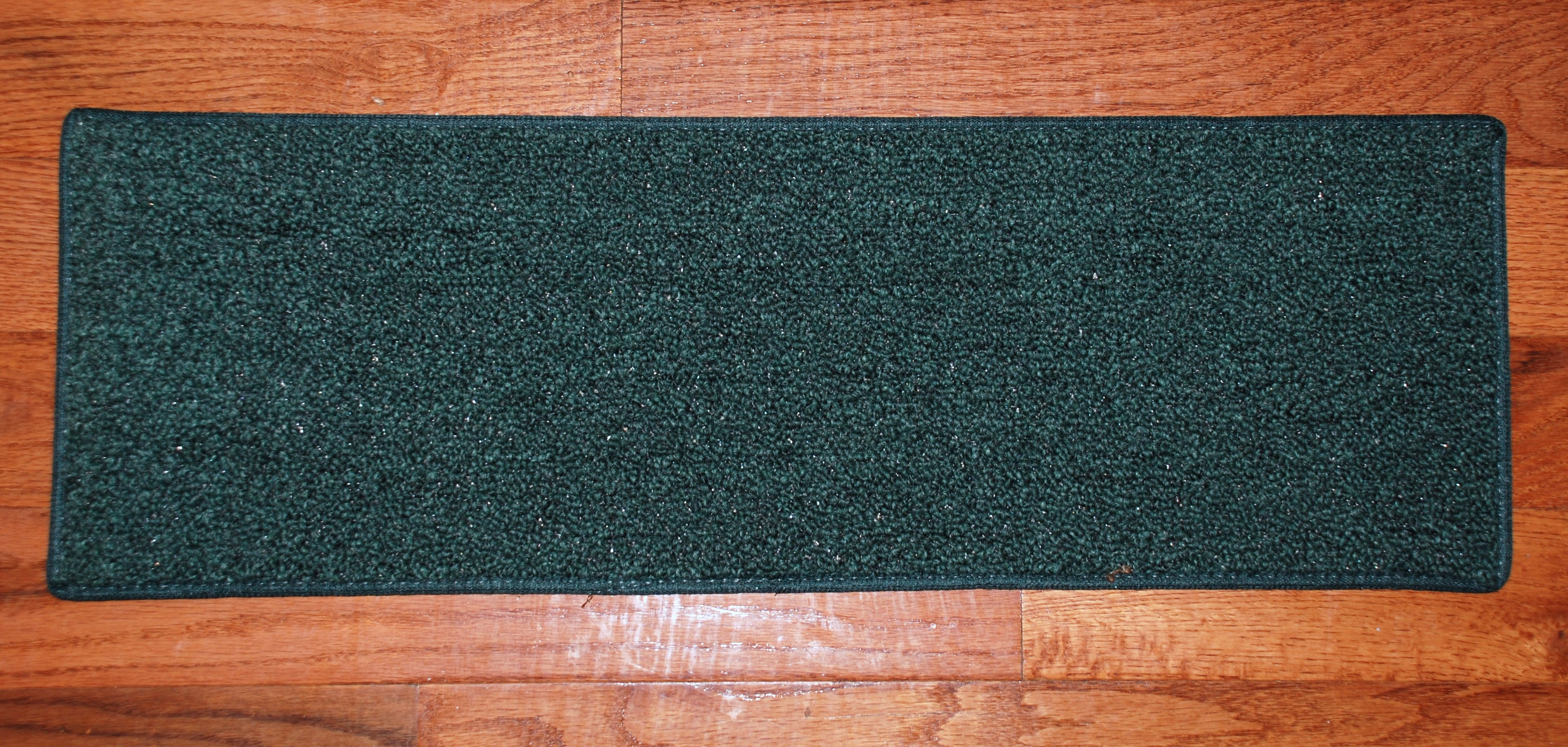 Carpet Stair Treads 27 X 9 Hunter Green With Stair Tread Rug Sets (Image 1 of 15)