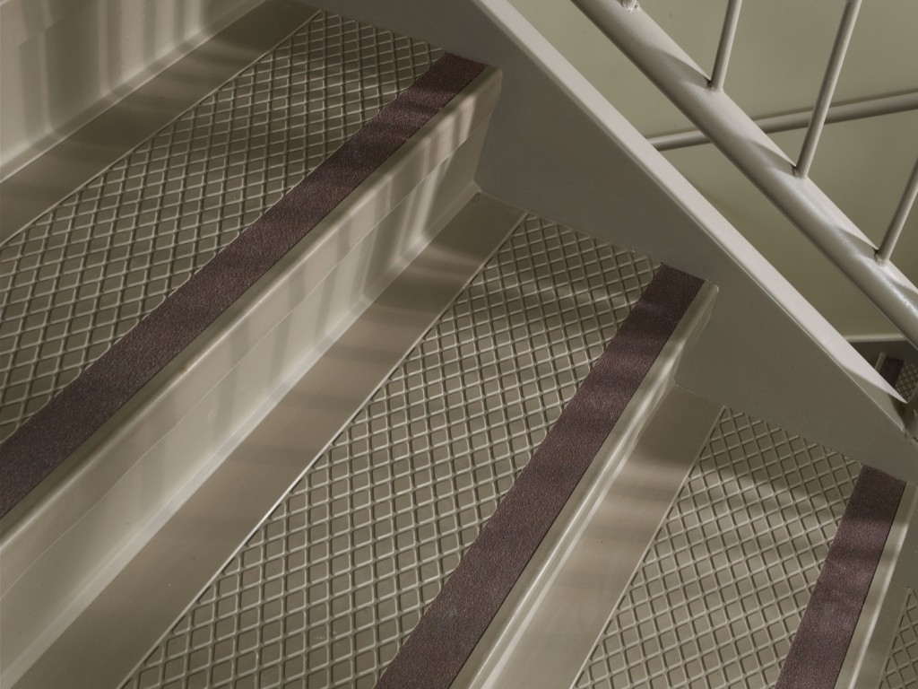 Cheap Carpet Stair Treads Stair Design Ideas Within Decorative Indoor Stair Treads (Image 3 of 15)