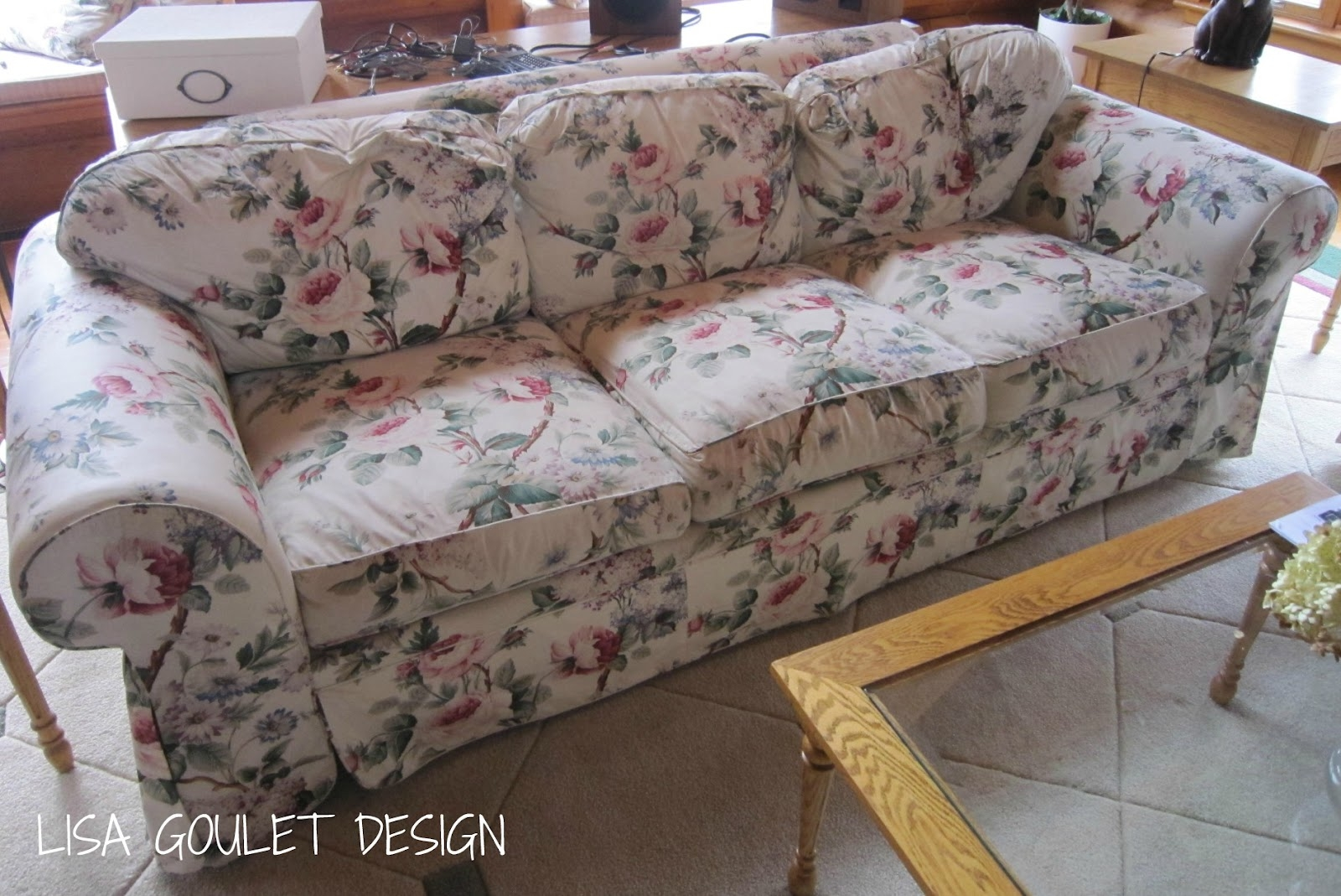 Chintz floral sofas sofa ideas for Chintz couch