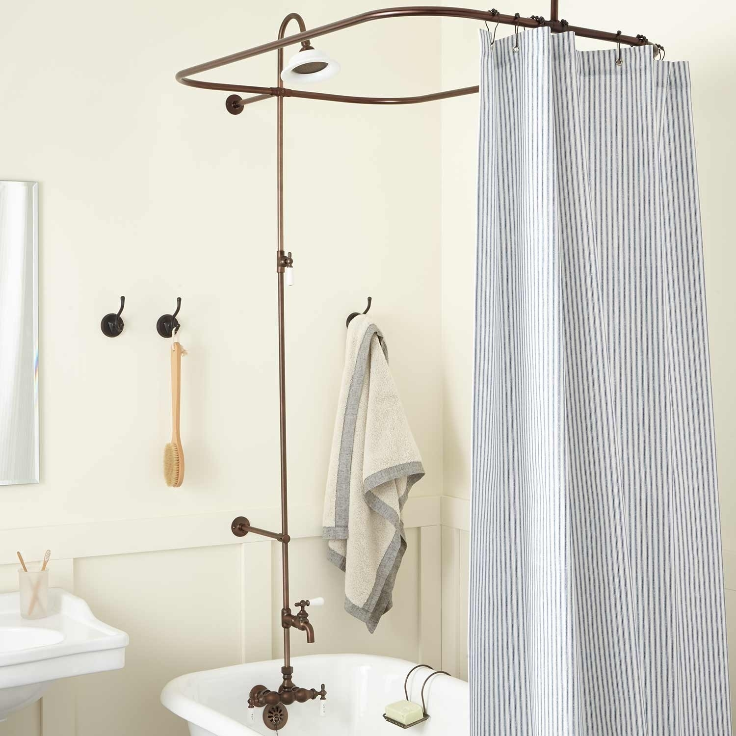 Clawfoot Tub Shower Curtain Rods Signature Hardware Inside Shower Curtains For Clawfoot Tubs (Image 12 of 25)