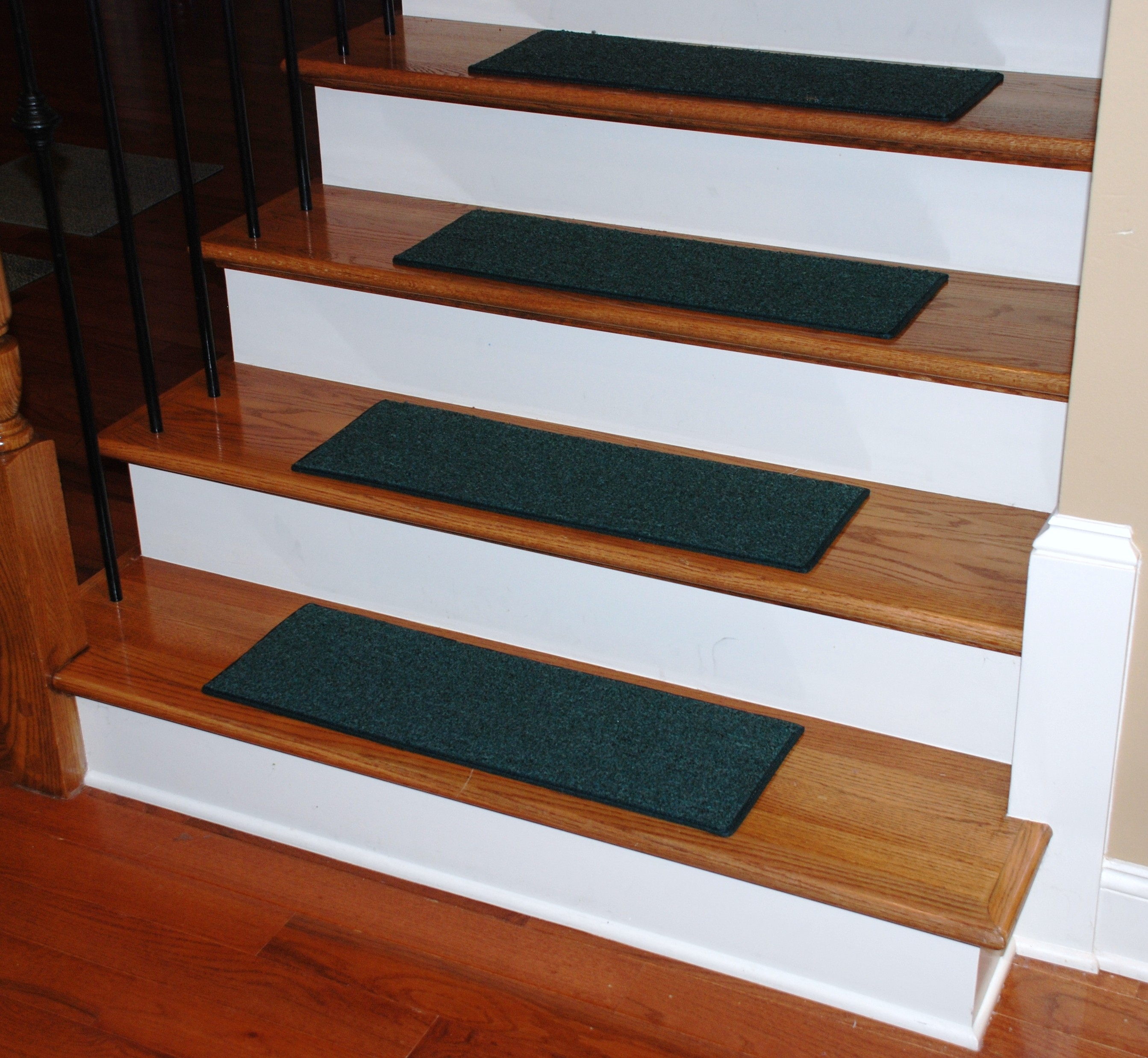 Compact Stair Tread Rugs Contemporary 30 Stair Tread Rugs Pertaining To Small Stair Tread Rugs (View 6 of 15)