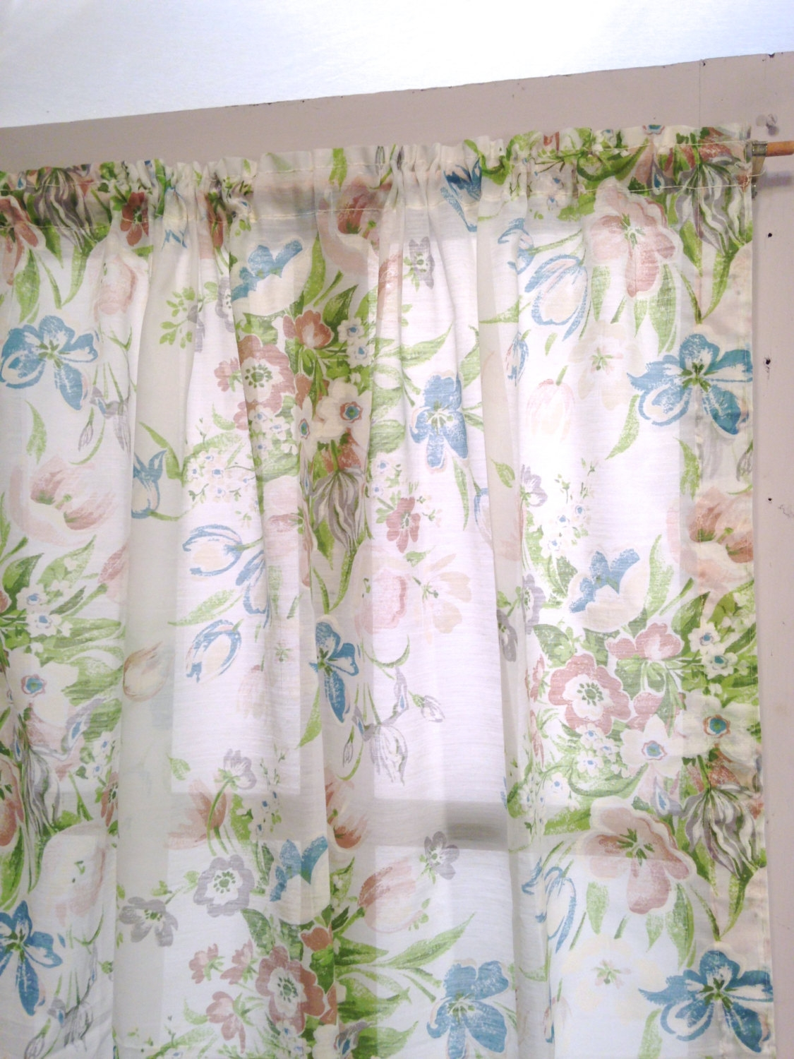 Cottage Shab Chic Floral Curtains Semi Sheer Curtain Pertaining To Mauve Sheer Curtains (View 12 of 25)