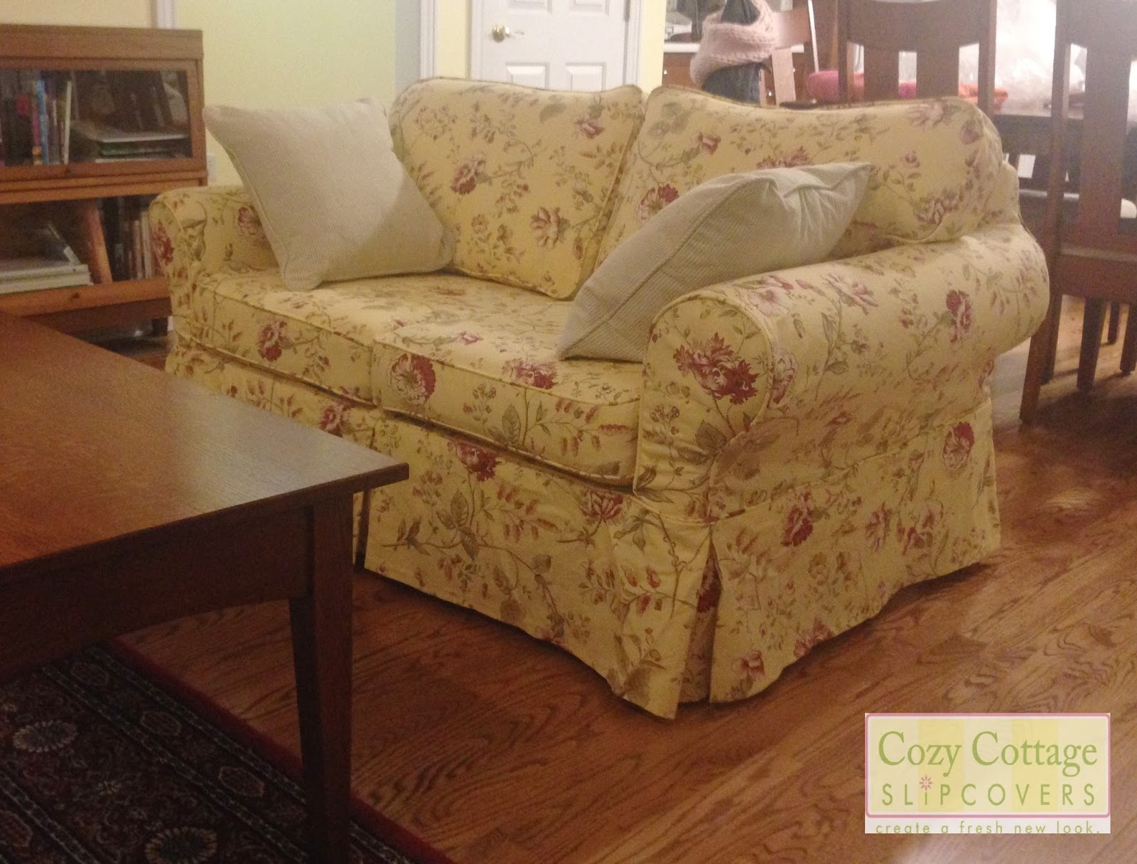 Cozy Cottage Slipcovers In Country Cottage Sofas And Chairs (Image 5 of 15)