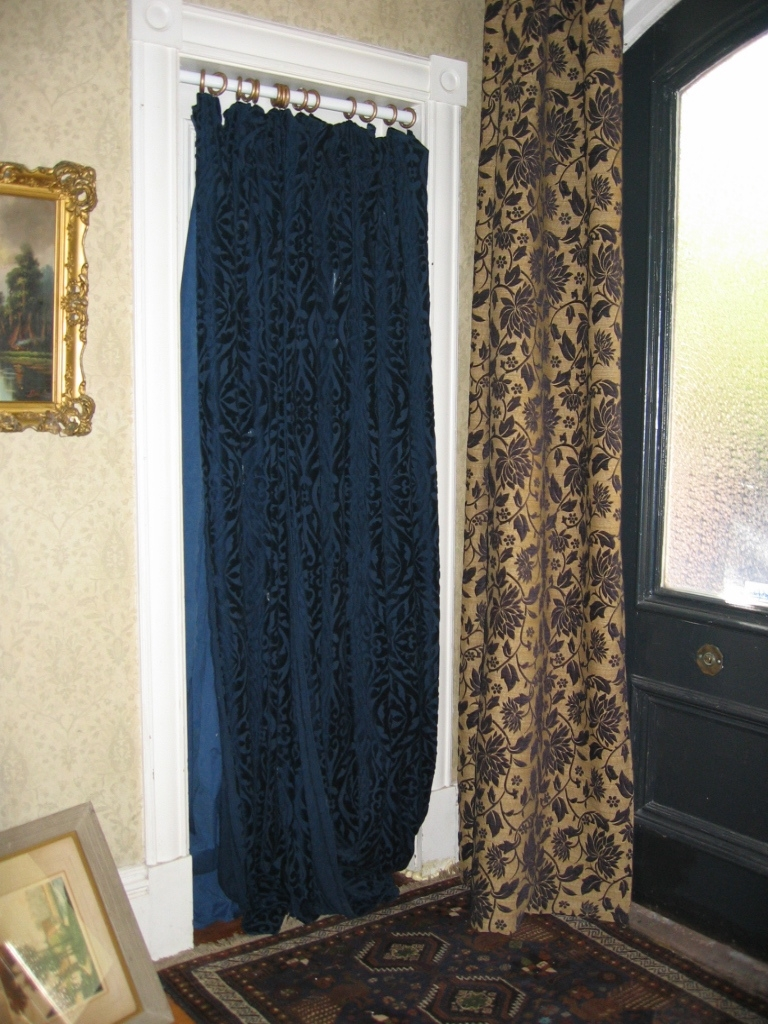 Curtains In Doorways Decorate The House With Beautiful Curtains For Doorway Curtains (Image 10 of 25)