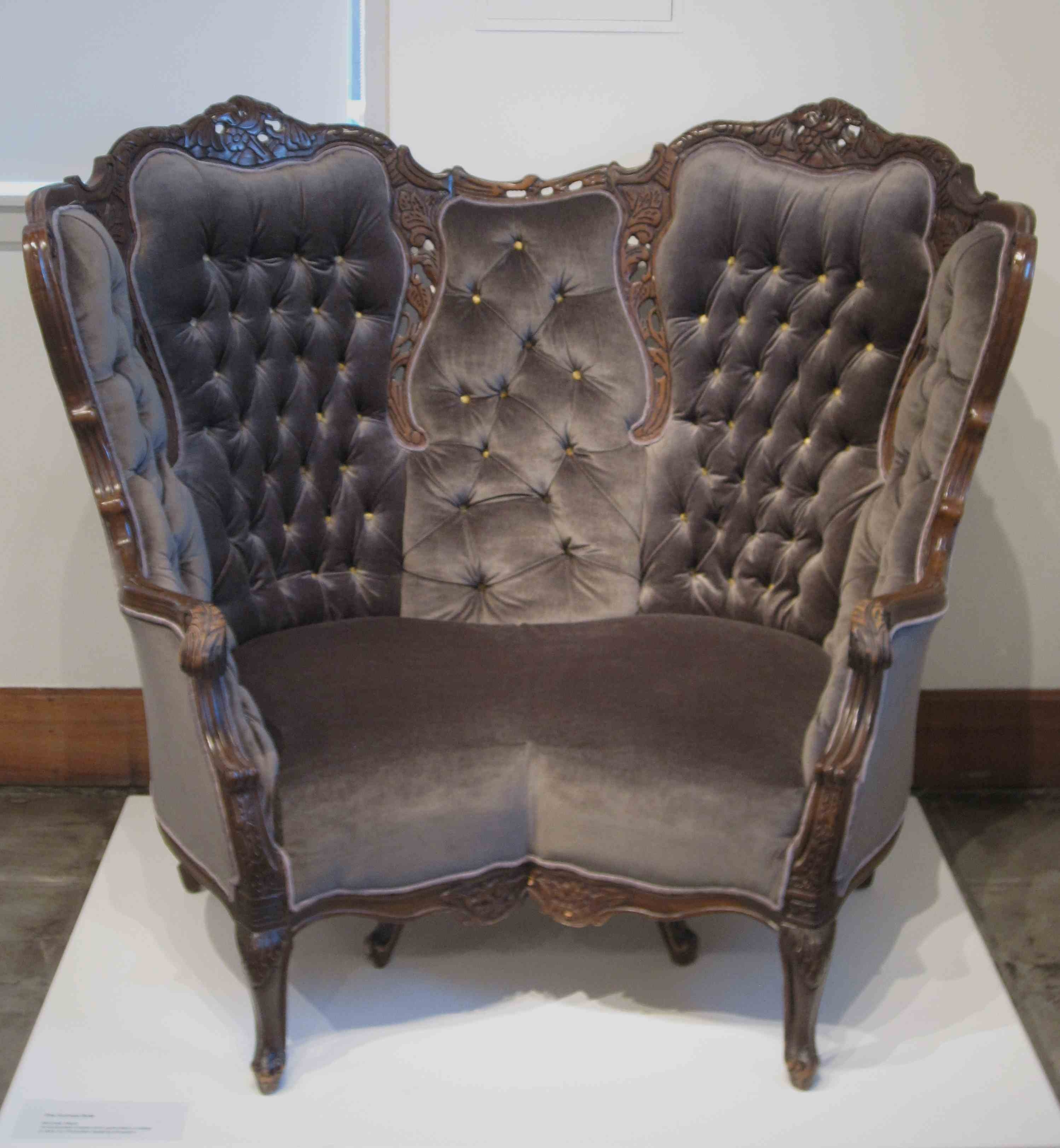 Dark Color Victorian Leather Chair With High Back And Arm Plus Regarding Victorian Leather Sofas (Image 1 of 15)