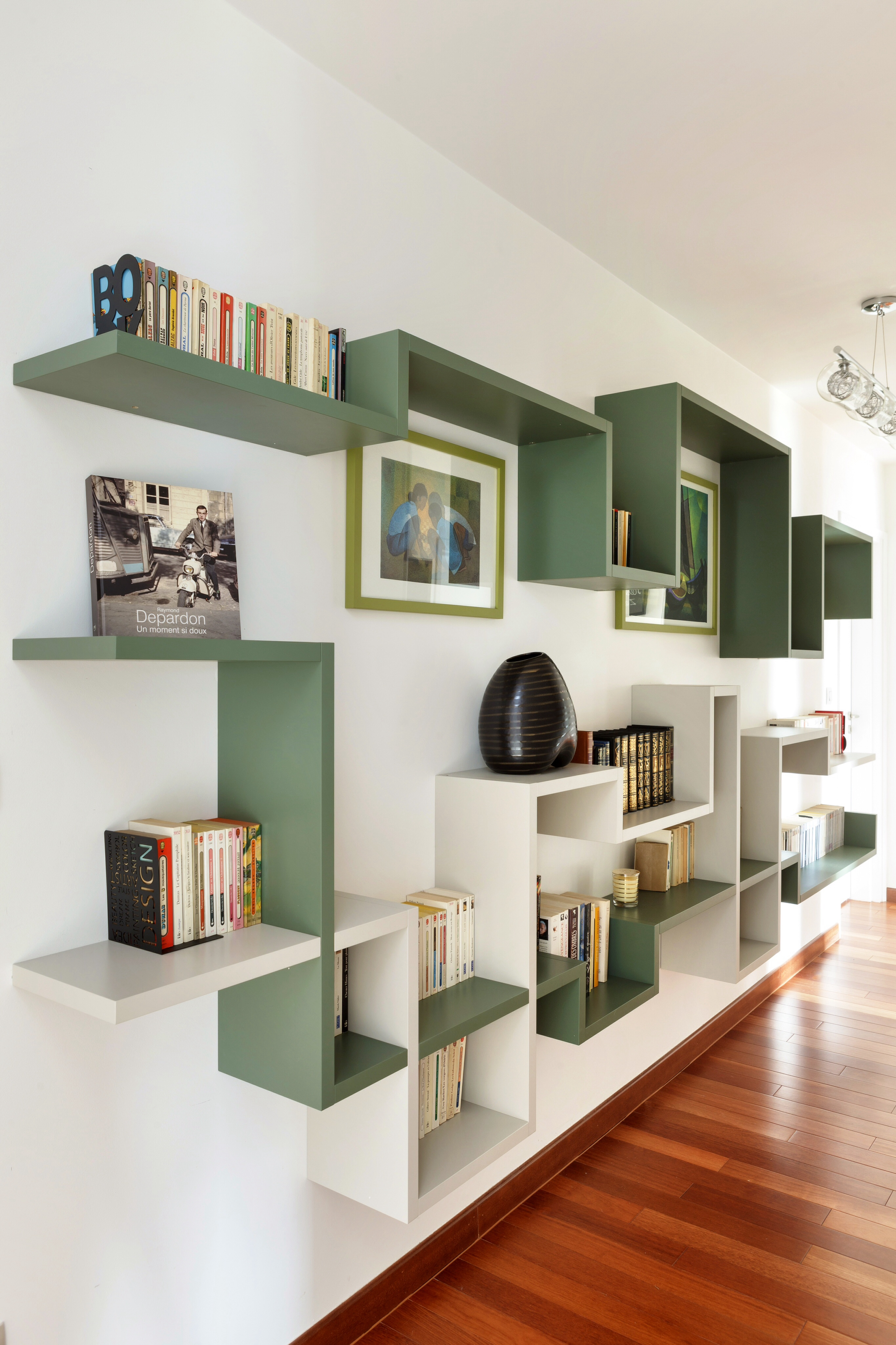 Decorative Plasterboard Partition Walls With Shelves In Modern Within Shelves On Plasterboard (View 13 of 15)