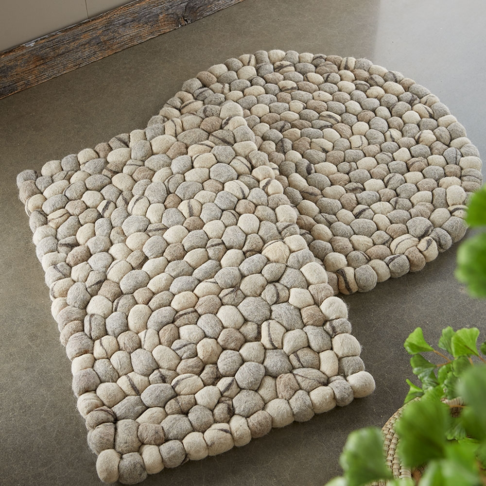 Felted Wool Pebble Rugs Vivaterra Within Pebble Rugs (Image 1 of 15)