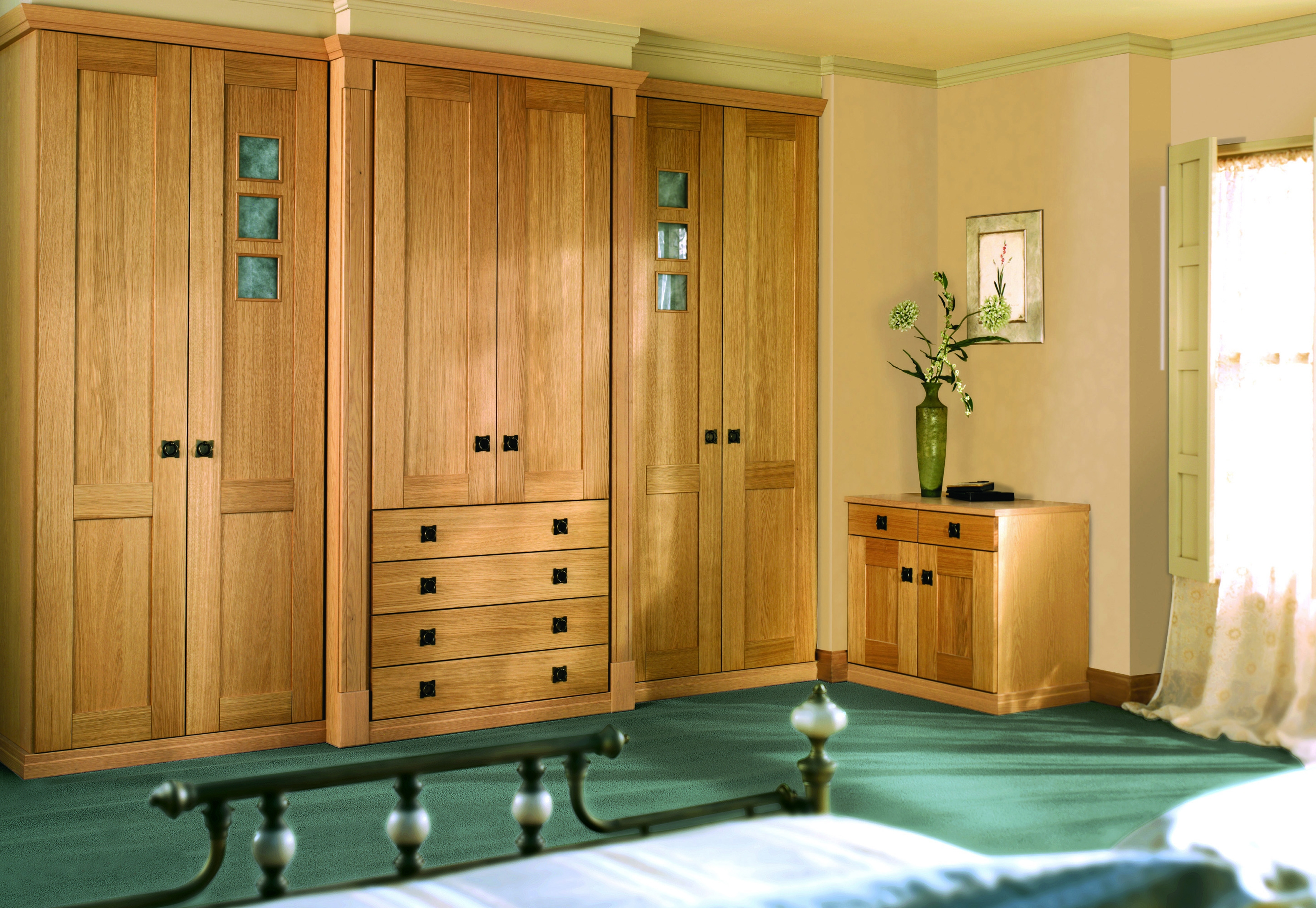 Fitted Wardrobe World Bringing Choice To Fitted Bedroom Within Solid Wood Built In Wardrobes (Image 9 of 15)