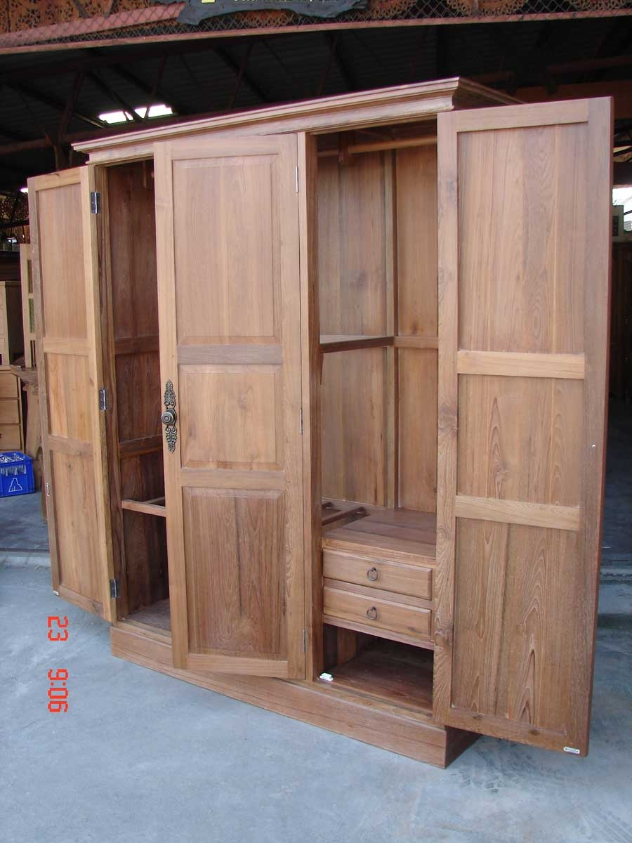 25 solid wood wardrobe closets wardrobe ideas for Wardrobe cabinet design woodworking plans