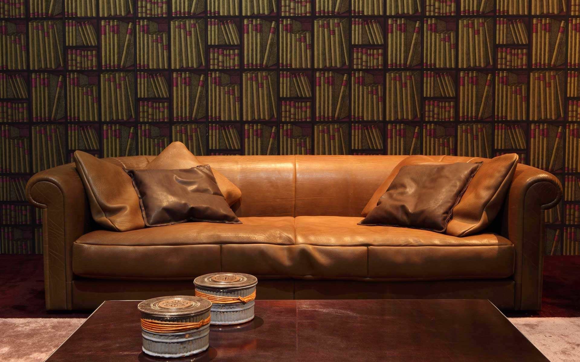 Furniture Traditional Leather Sectional Sofa Distressed Leather Throughout Traditional Leather Couch (Image 3 of 15)