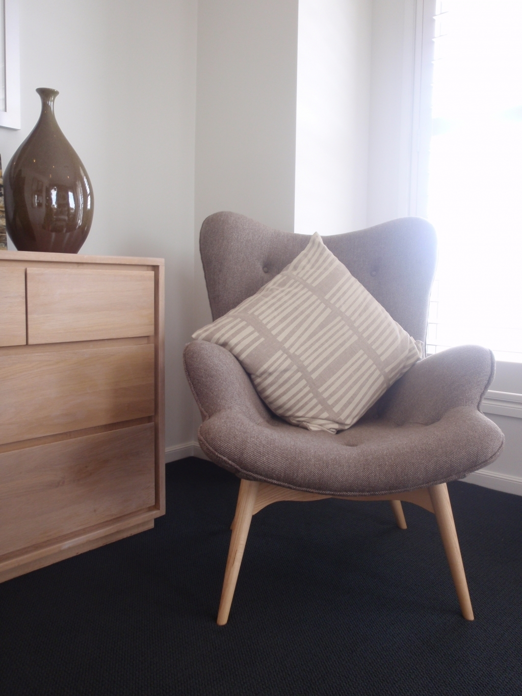 Featured Image of Small Armchairs Small Spaces