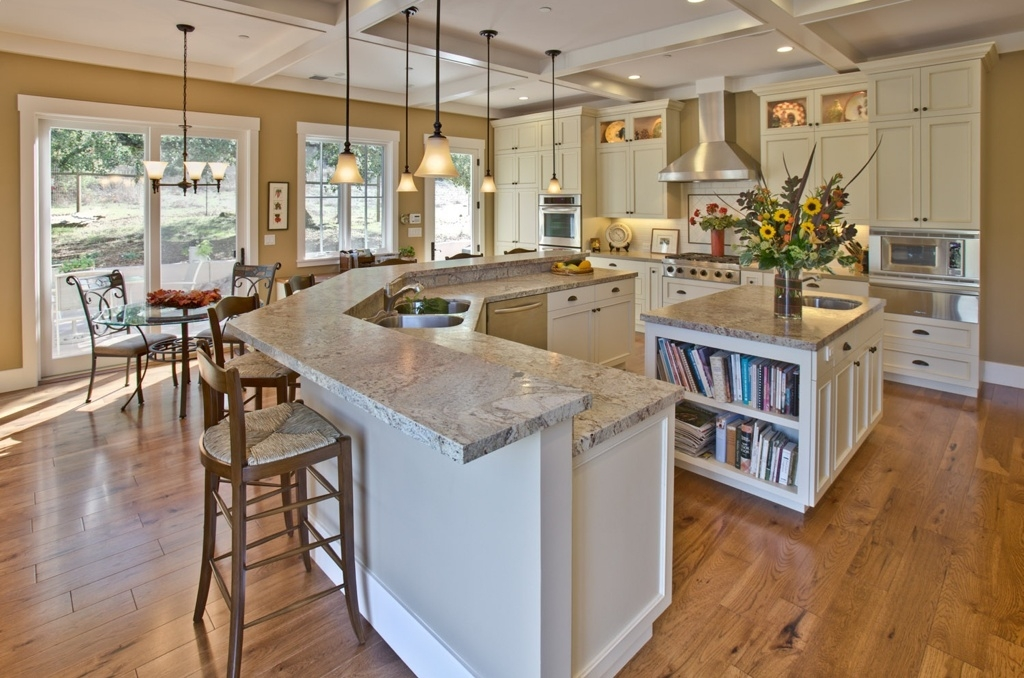 Great New Pendant Lighting With Matching Chandeliers Within Traditional Kitchen With Diy Box Beam Ceiling Breakfast Nook (Image 10 of 25)