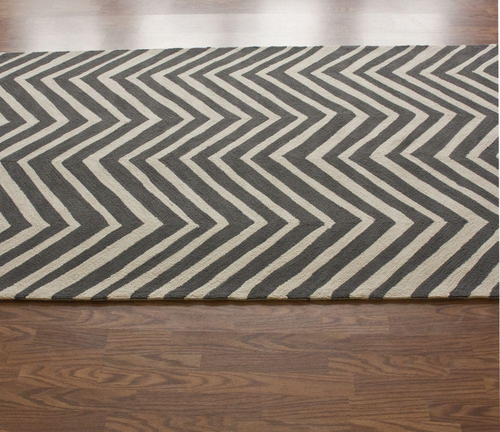 Guides Ideas Charming Chevron Area Rug With Cool Pattern Pertaining To Black And Grey Chevron Rugs (Image 12 of 15)