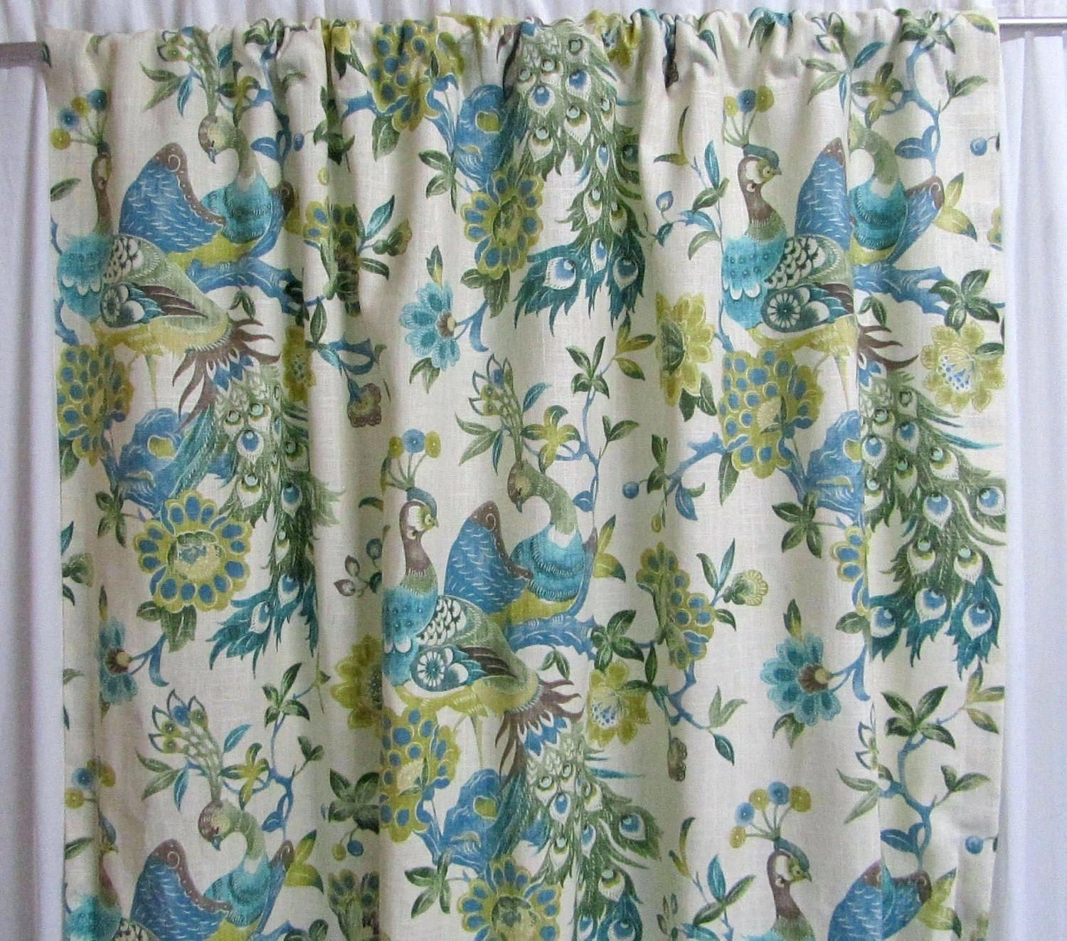 Hawaiian Shower Curtain Discountant Throughout Odd Shower Curtains (Image 14 of 25)
