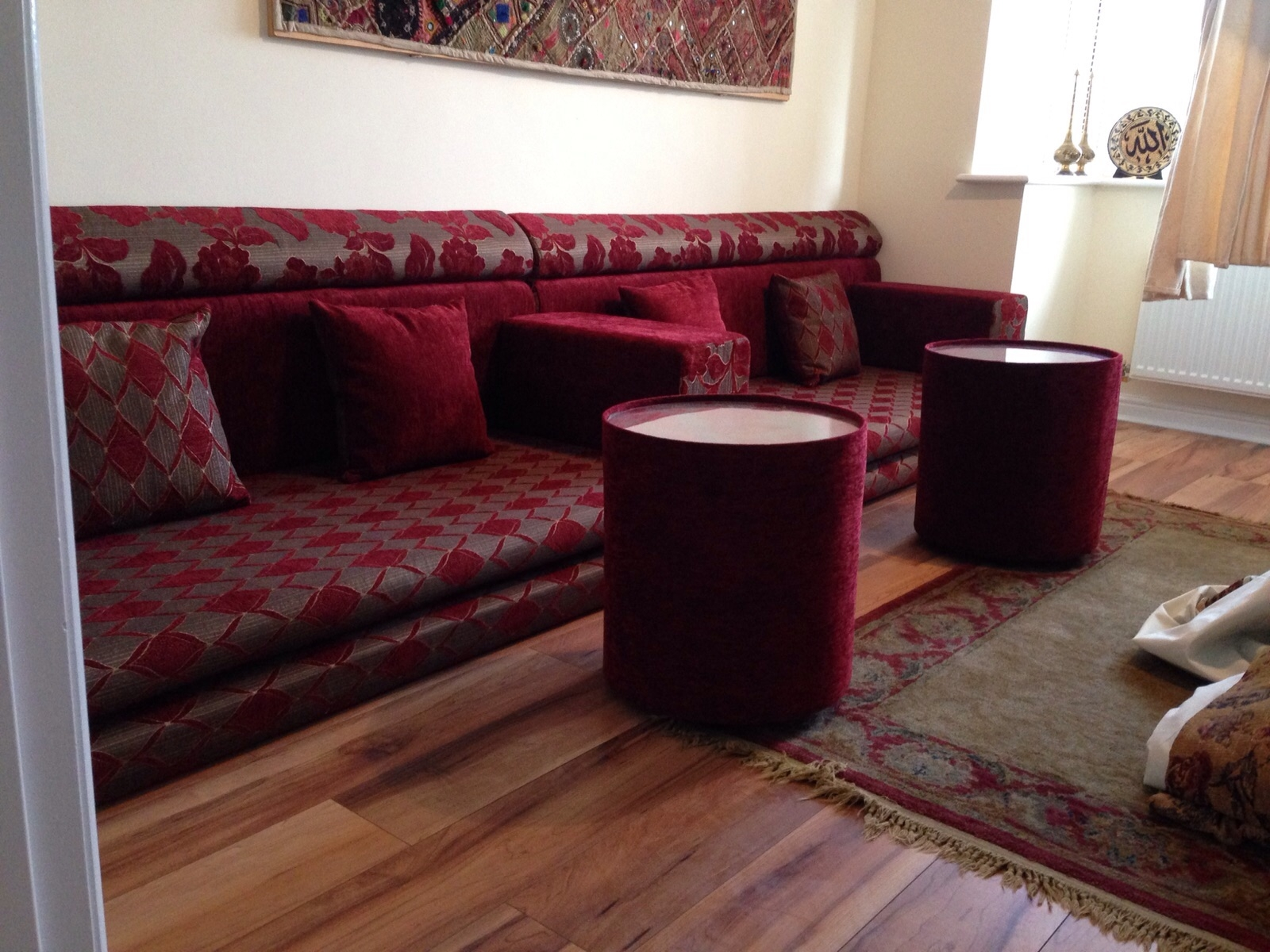 Moroccan style sofas red modern moroccan living room thesofa for Moroccan living room furniture 02