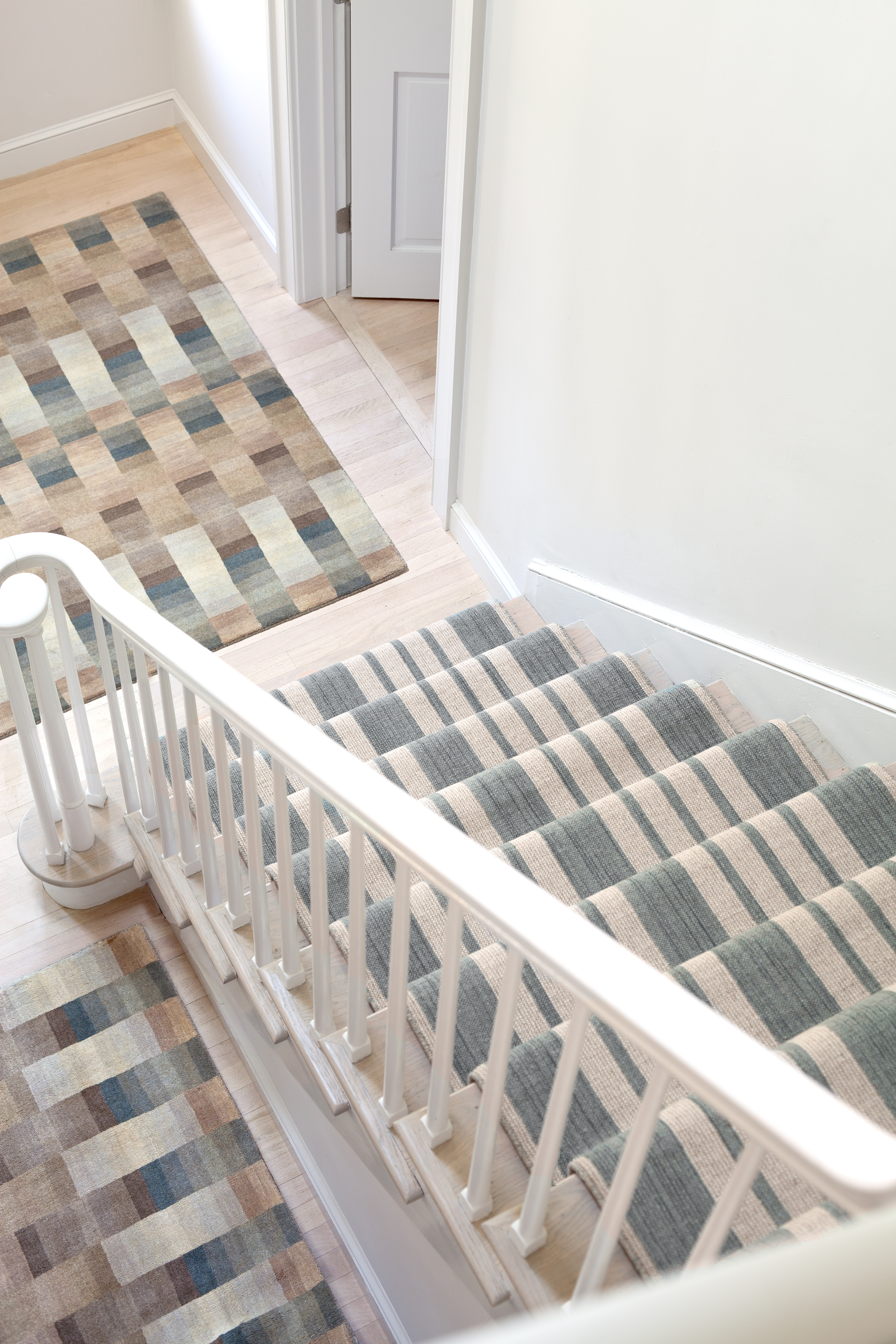 How To Choose A Runner Rug For A Stair Installation Intended For Rugs For Staircases (Image 10 of 15)