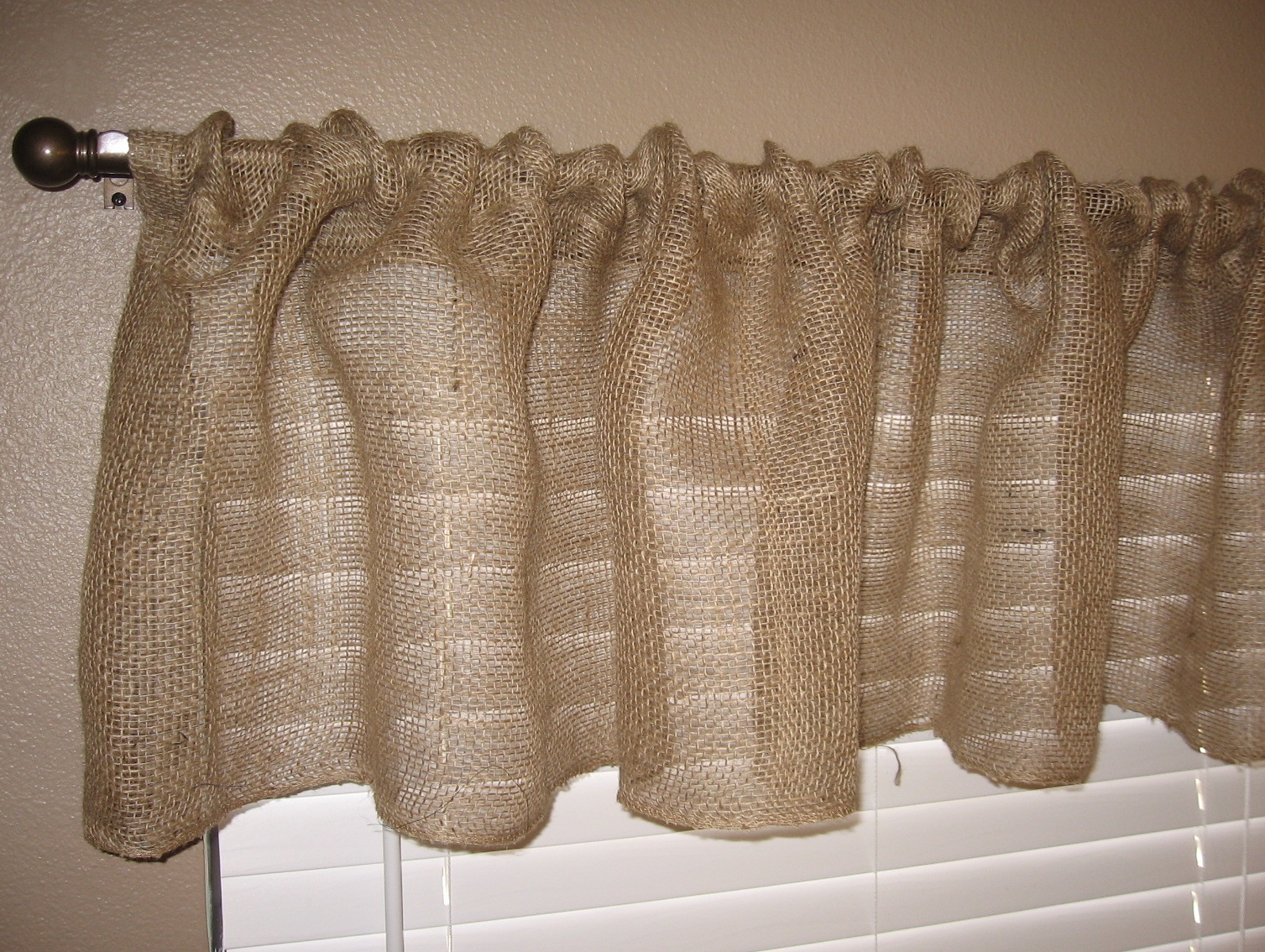 How To Make Burlap Curtains Ideas Pertaining To Burlap Curtains (Image 19 of 25)
