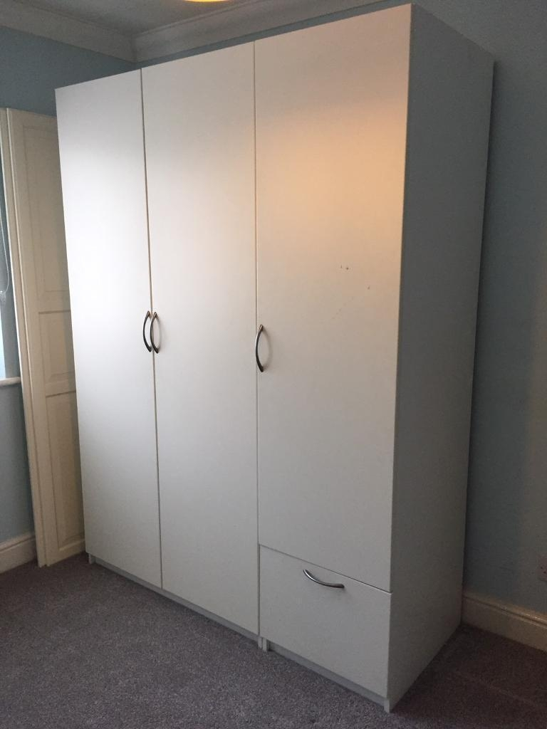 Ikea Pax 3 Door White Wardrobe In North Finchley London Gumtree In 3 Door White Wardrobes (Image 11 of 25)
