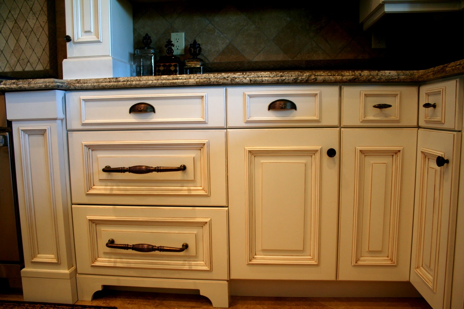 Impressive Kitchen Cabinet Hardware Inspirational Kitchen Pertaining To Cupboard Knobs And Pulls (View 25 of 25)