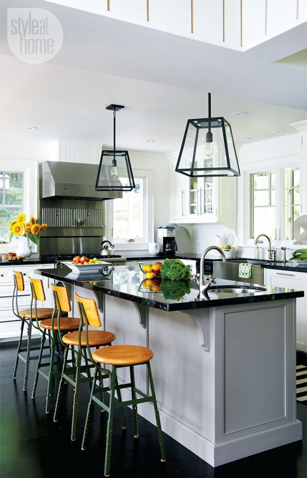 Impressive Well Known Lantern Style Pendant Lights Within Lantern Style Pendant Lighting (Image 14 of 25)