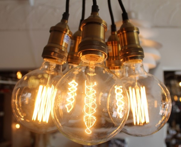 Innovative Fashionable Bare Bulb Cluster Pendants Regarding Mr Ralph Daisy Vintage Bare Bulb Five Cluster Essentials (Image 13 of 25)