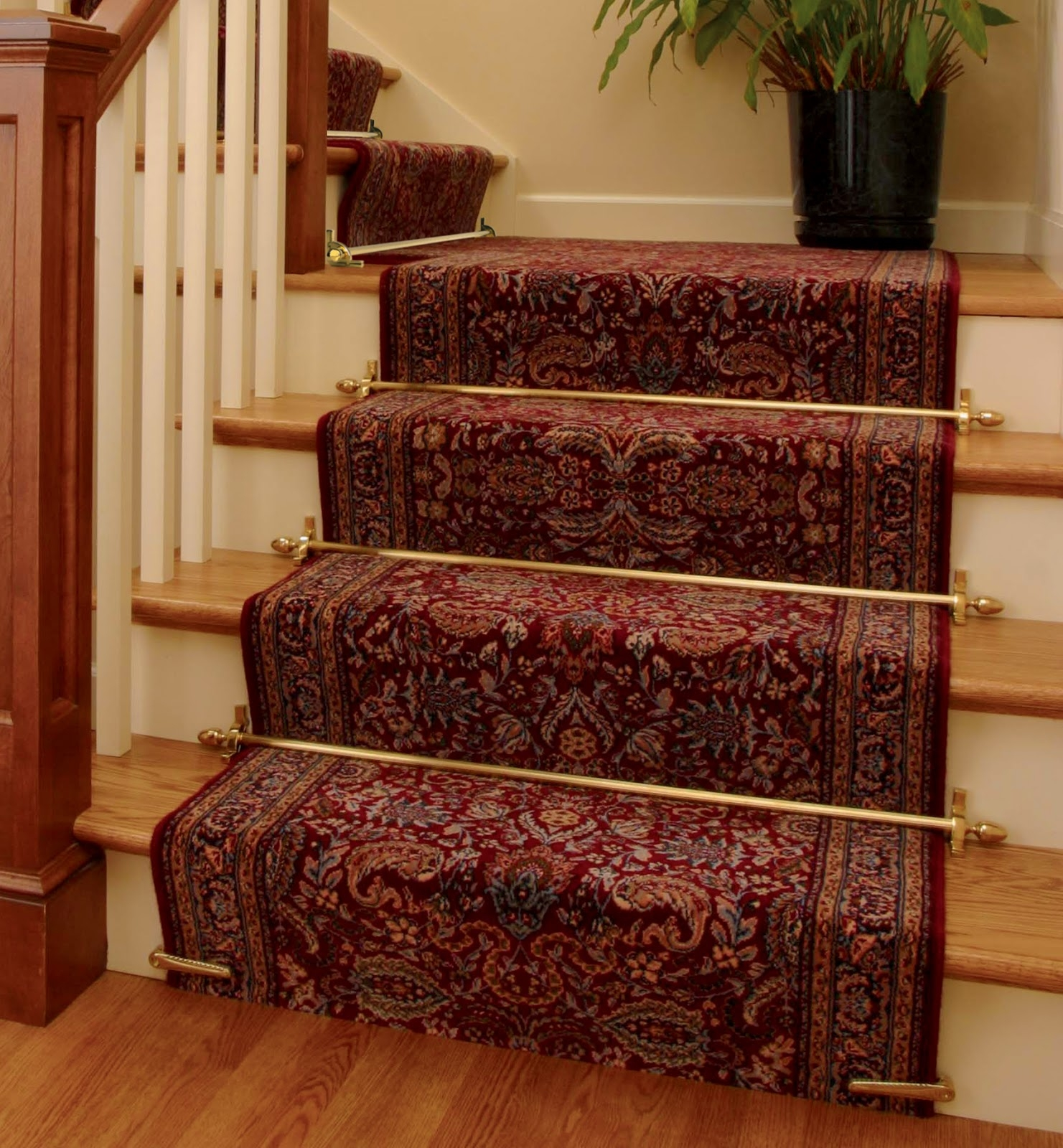 Interior Wooden Stairs With Cream Carpet With Stairs Carpet With Regard To Stair Tread Carpet Rods (Image 7 of 15)