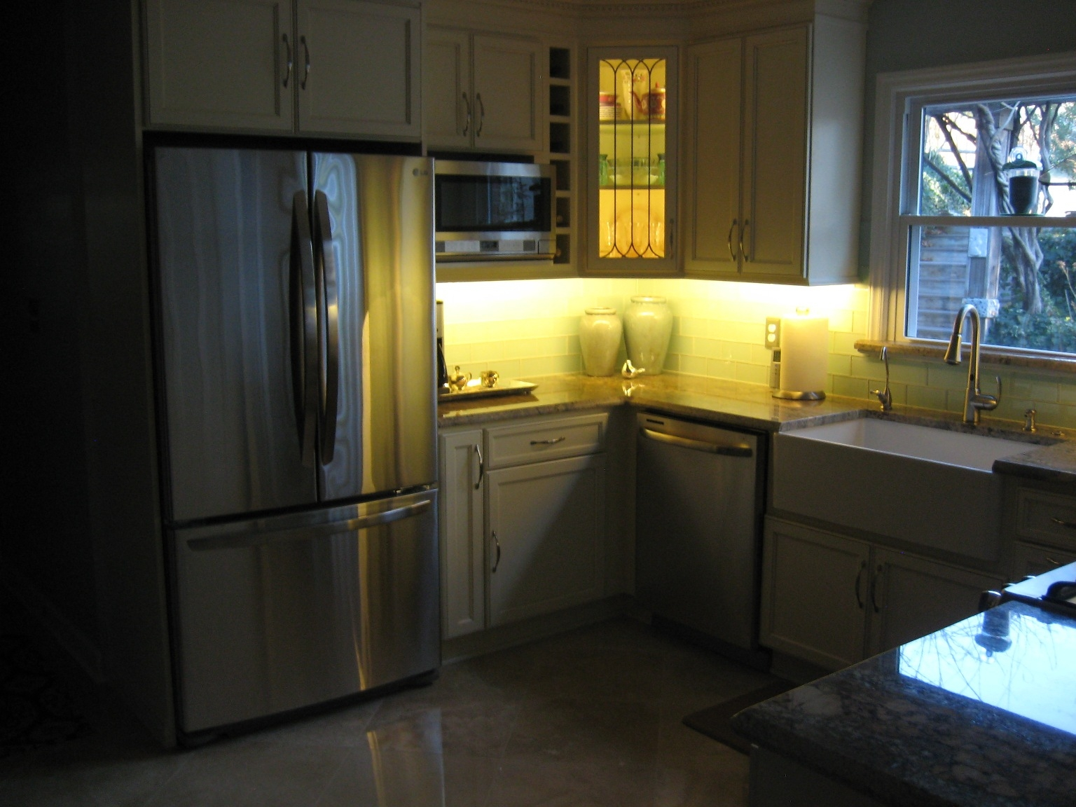 Kitchen Under Cabinet Lighting With Regard To Kitchen Under Cupboard Lights (Image 16 of 25)