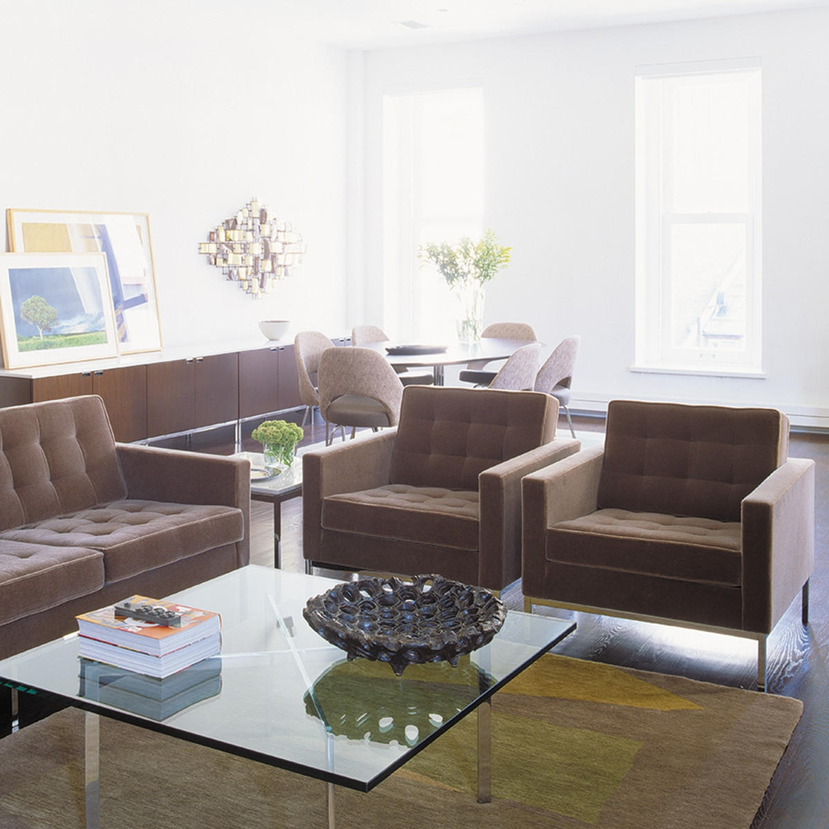 Featured Image of Florence Knoll Living Room Sofas