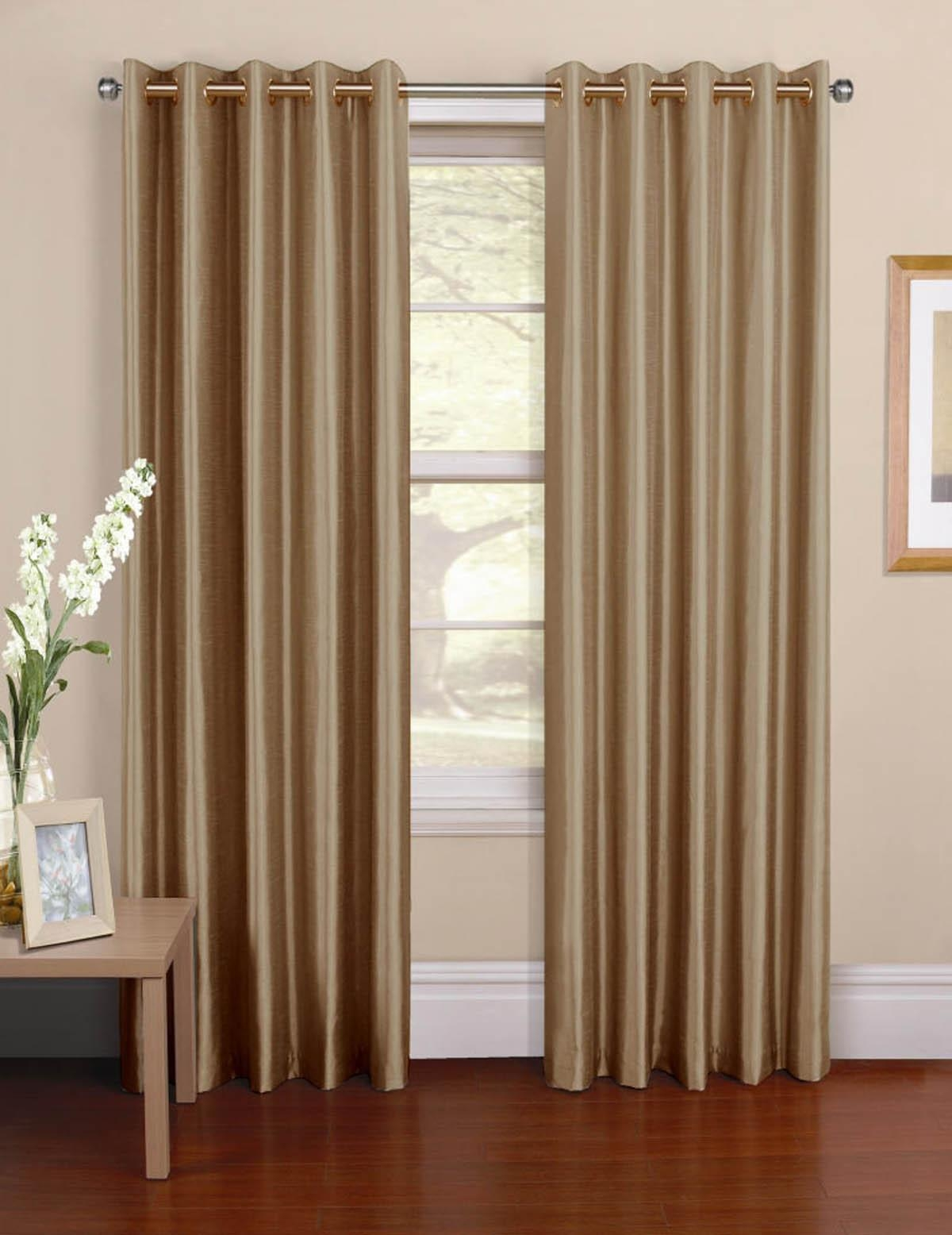 Featured Image of Brown Eyelet Curtains