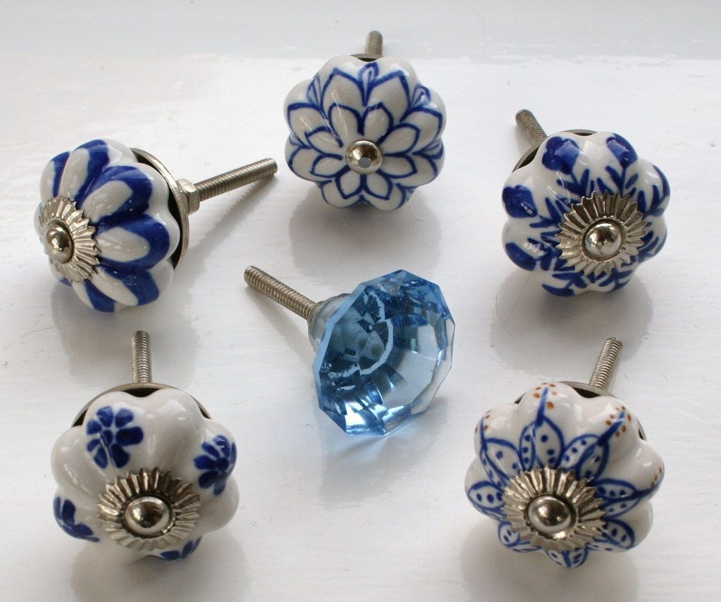 Leave Your Old Door Knob Design And Replace It With A New Type Of Throughout Porcelain Cupboard Knobs (Image 16 of 25)