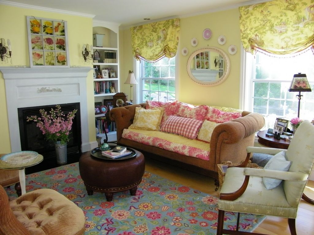 Living Room Country Cottage Style Living Room Ideas With Intended For Country Cottage Sofas And Chairs (Image 11 of 15)