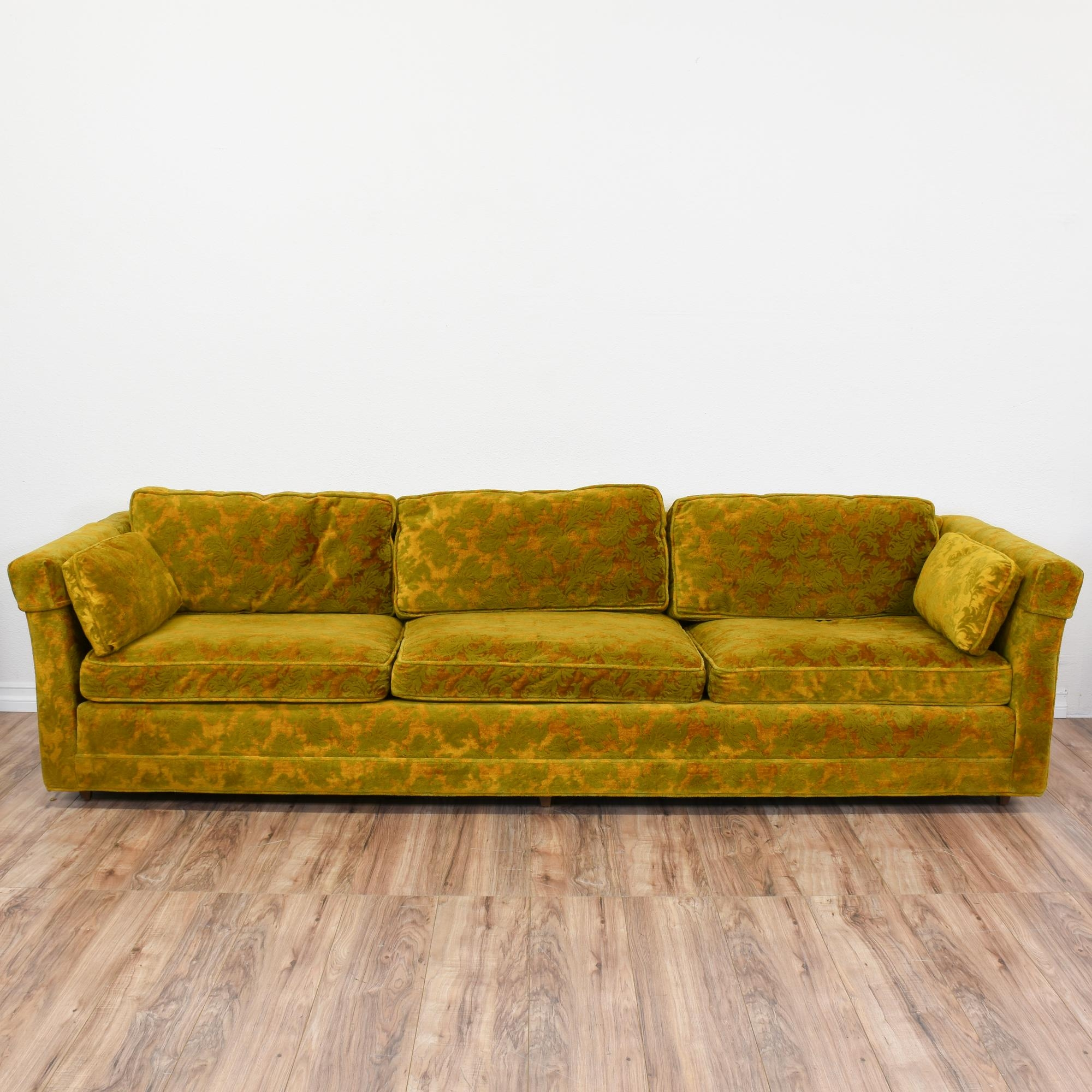 Featured Image of Yellow Chintz Sofas