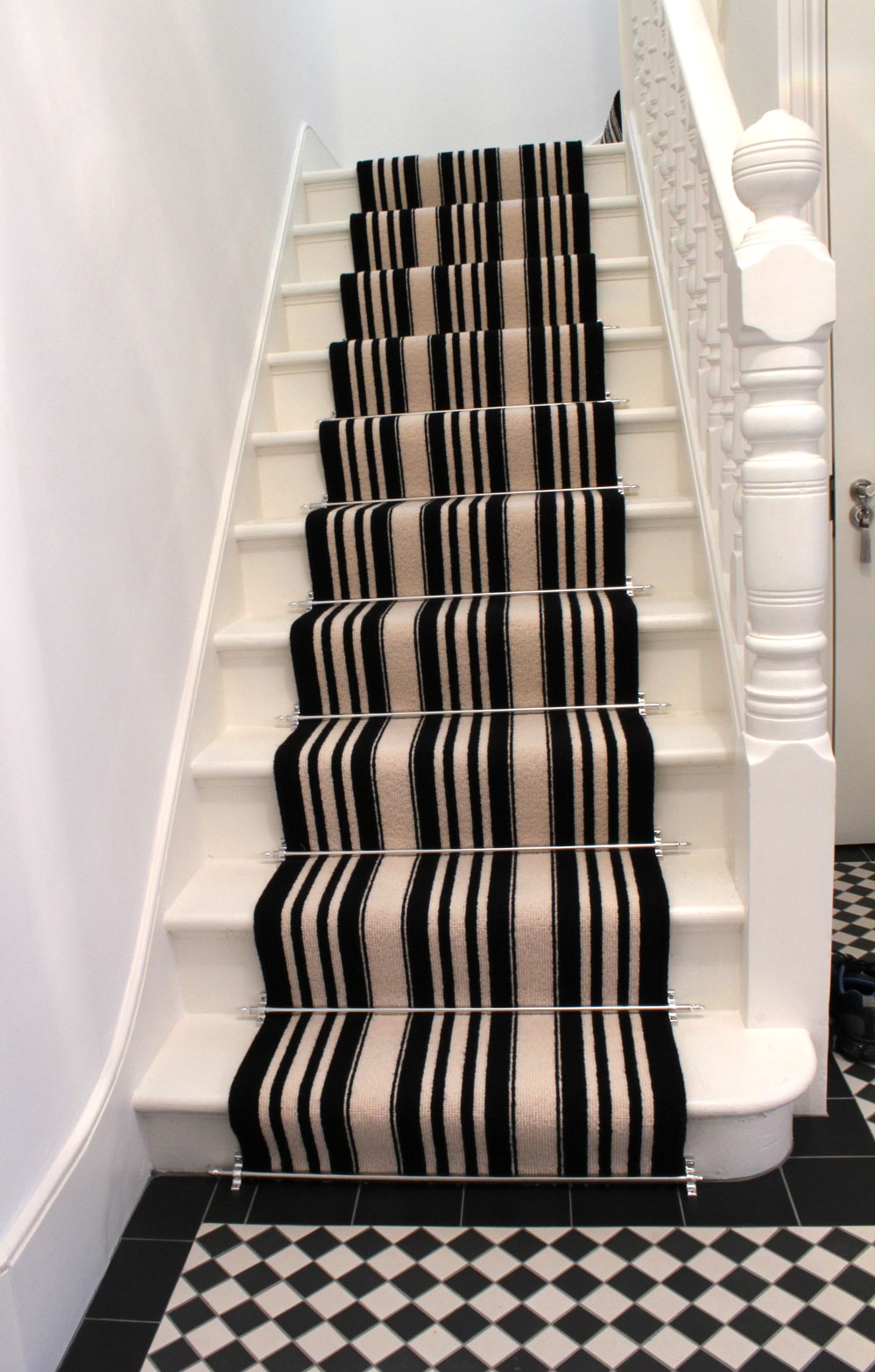 Mad About Stripes Google Images In Cream And Black Carpets (Image 15 of 15)