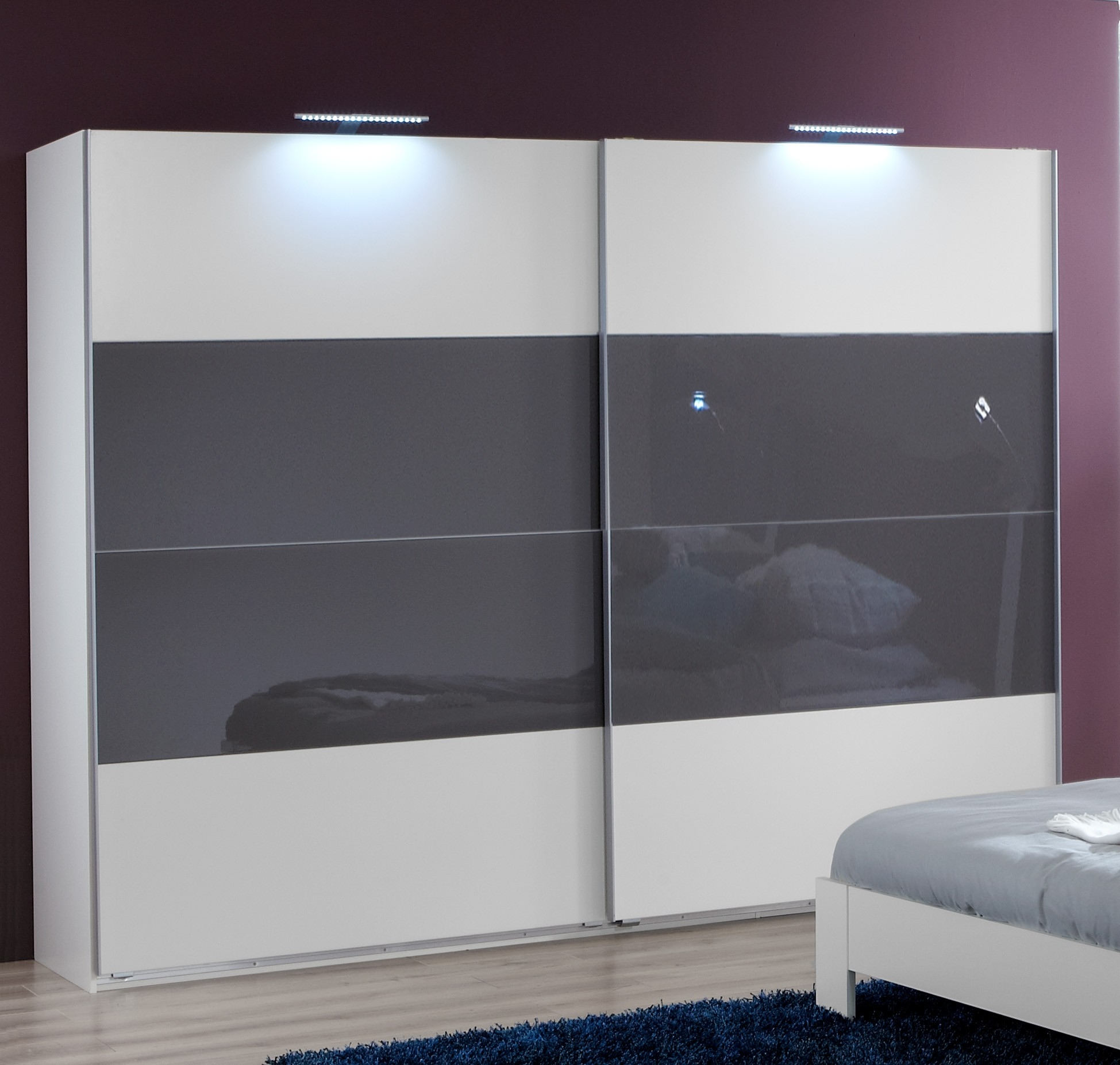 Modern Sliding Door Wardrobes Free Standing Sliding Wardrobes Throughout Sliding Door Wardrobes (Image 11 of 25)