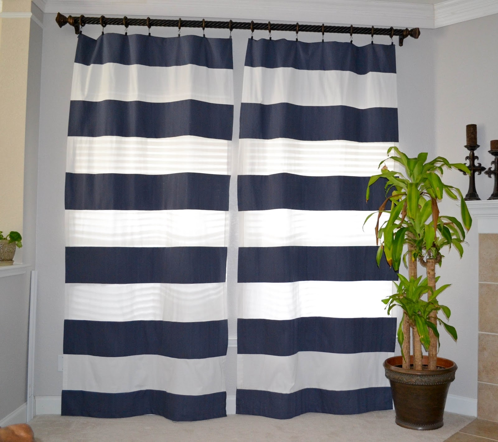 Navy And White Shower Curtain Design And Combination Design For Navy And White Curtains (Image 13 of 25)