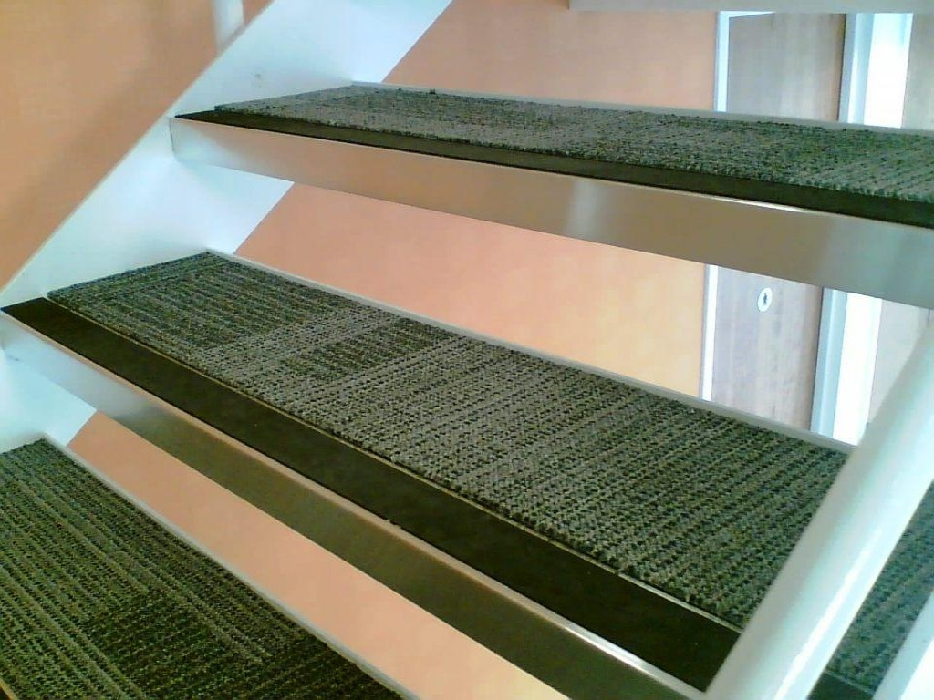 Non Slip Carpet Stair Treads Stair Constructions Applying Inside Non Skid Stair Tread Rugs (Image 11 of 15)