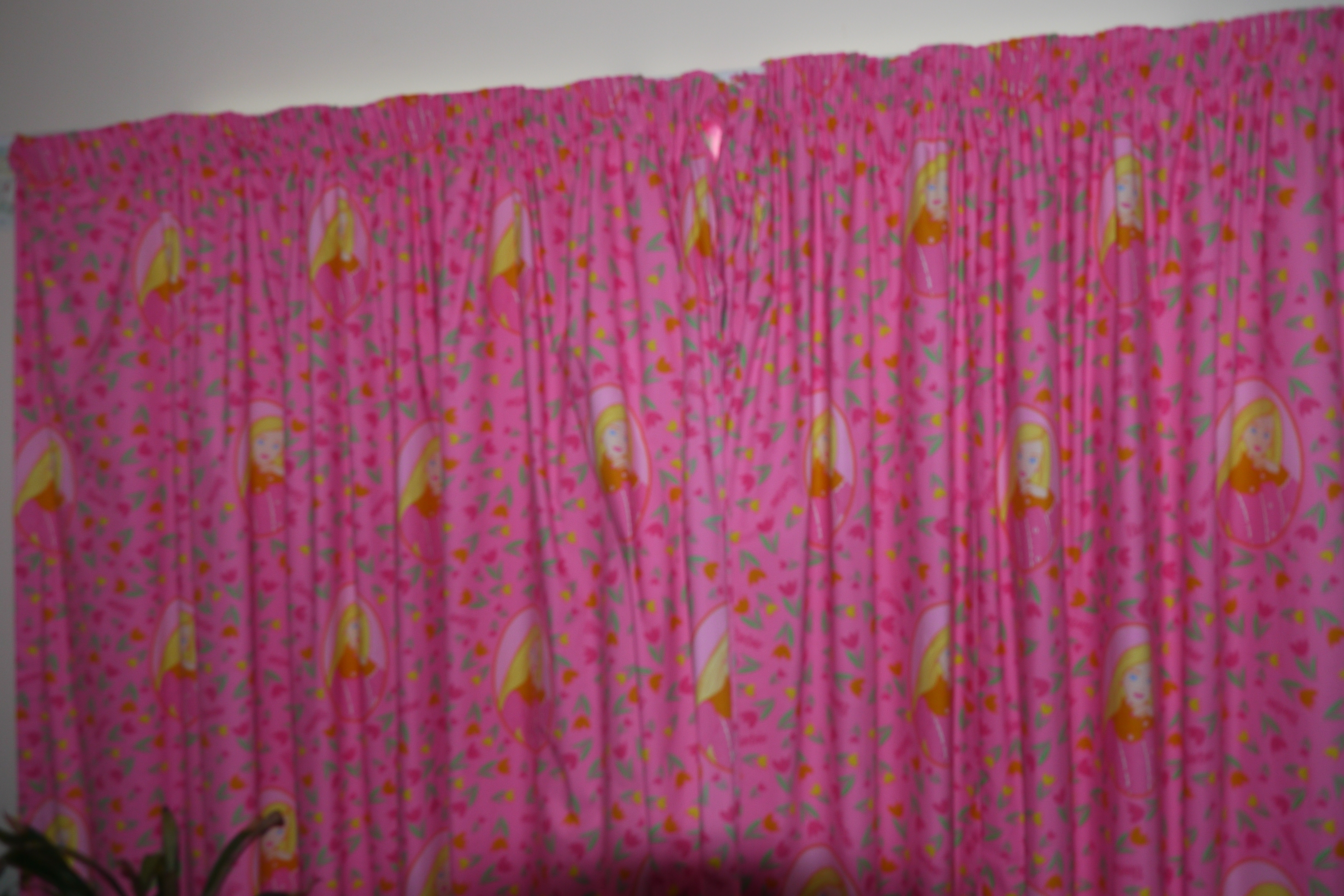Pink Curtains For Bedroom Laptoptablets Intended For Bedroom Curtains For Girls (View 19 of 25)