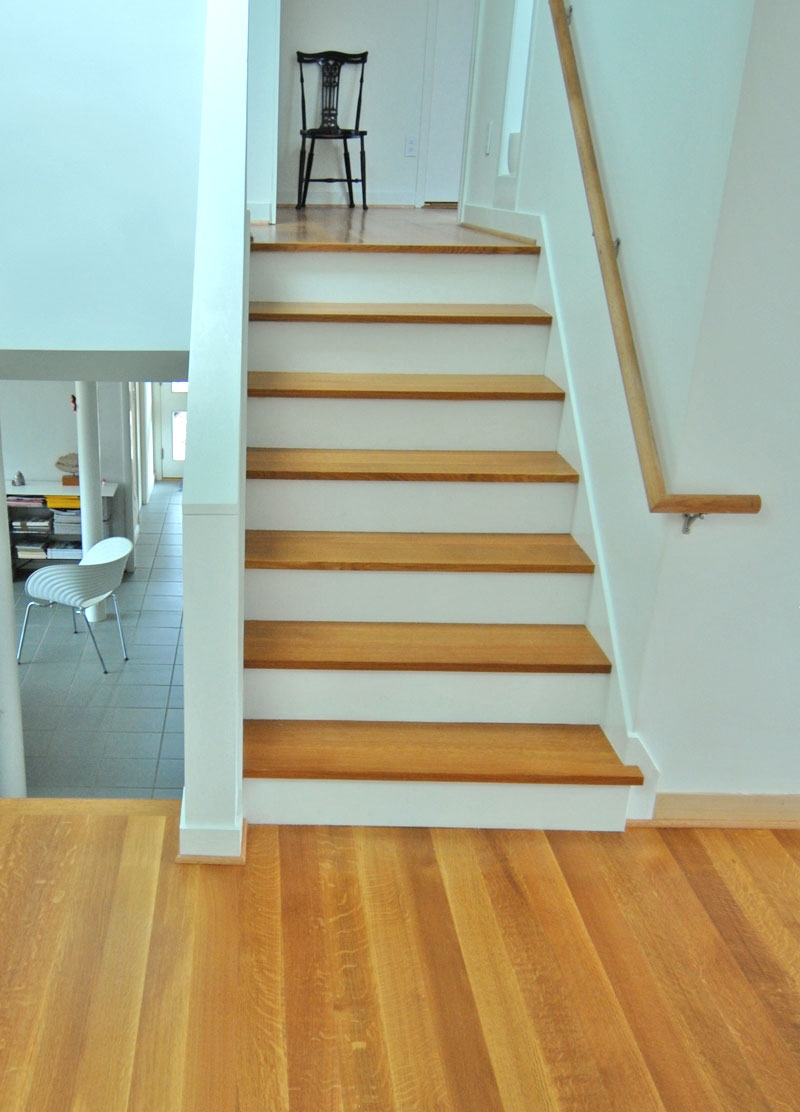 Quarter Sawn White Oak Stair Treads And Flooring What I Do With Stair Treads For Wooden Stairs (Image 6 of 15)