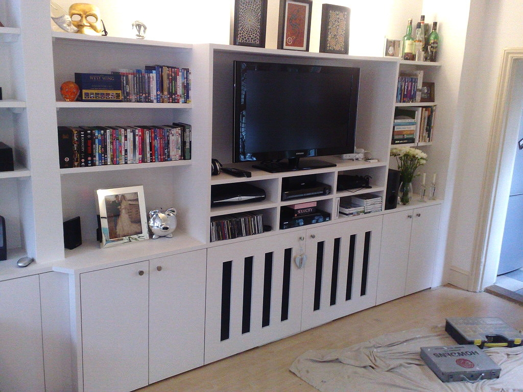 Radiator Furniture Cover Szukaj W Google Wntrza Pinterest With Regard To Fitted Cabinets Living Room (View 4 of 15)