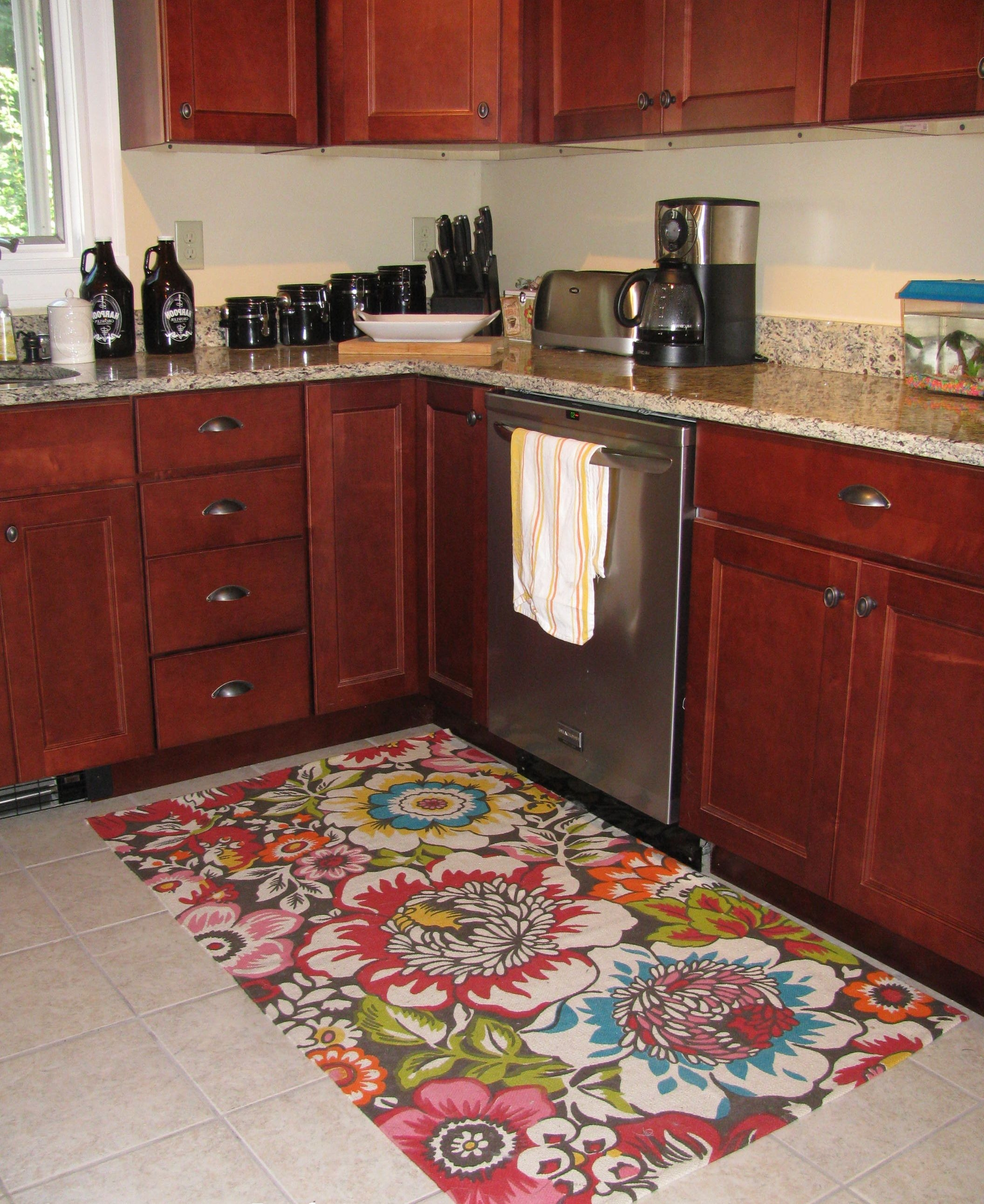 Red Kitchen Rugs Regarding Small Red Rugs (Photo 13 of 15)
