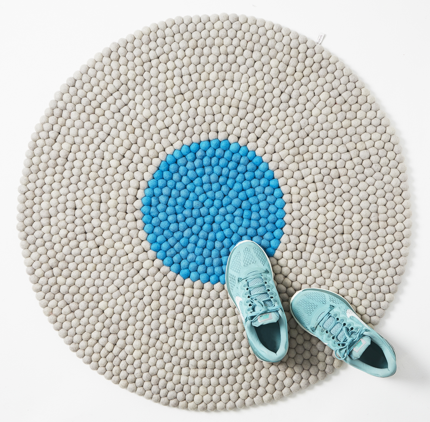 Round Wool Rug Mench Living Inside Round Wool Rugs (Image 14 of 15)