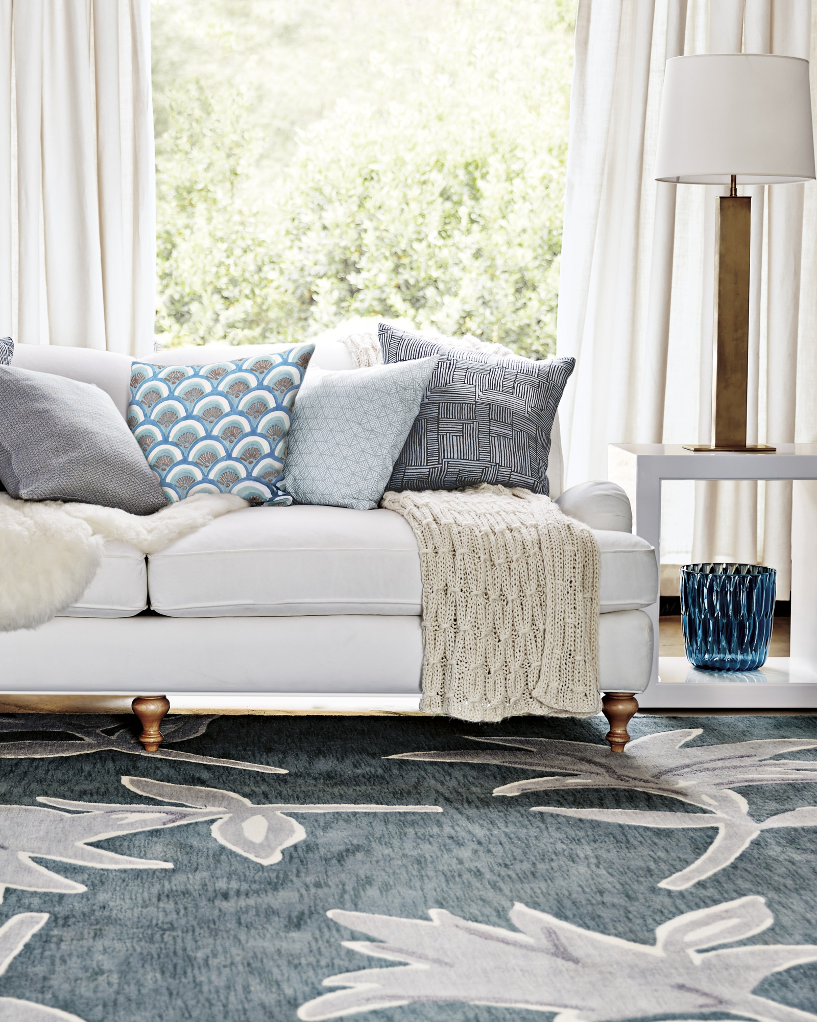 Featured Image of Lily Rugs