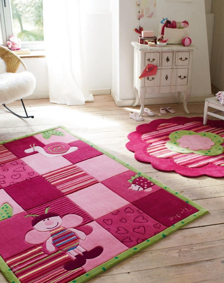 Featured Image of Girls Floor Rugs