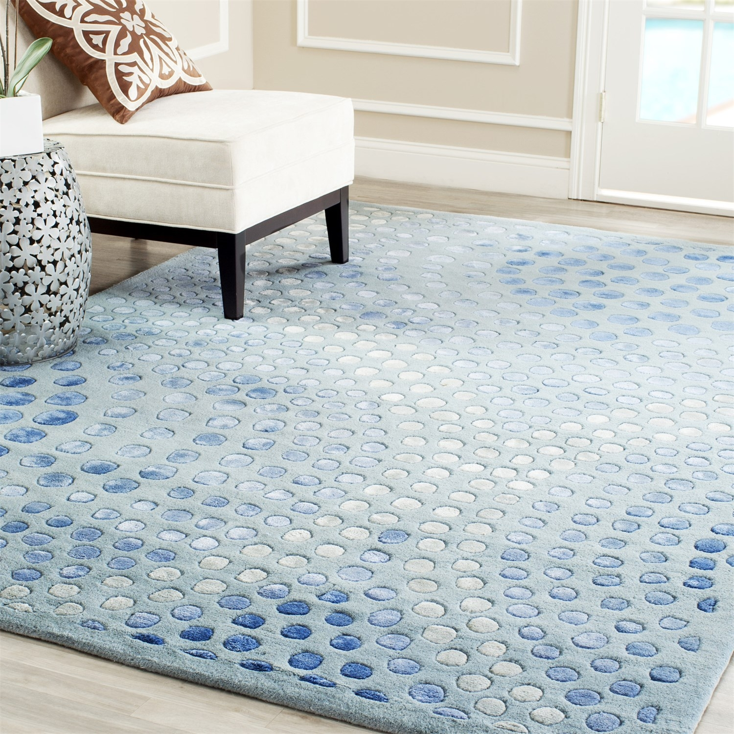 Safavieh Soh654b Soho Wool Hand Tufted Light Blue Rug Homeclick Throughout Wool Blue Rugs (Image 14 of 15)