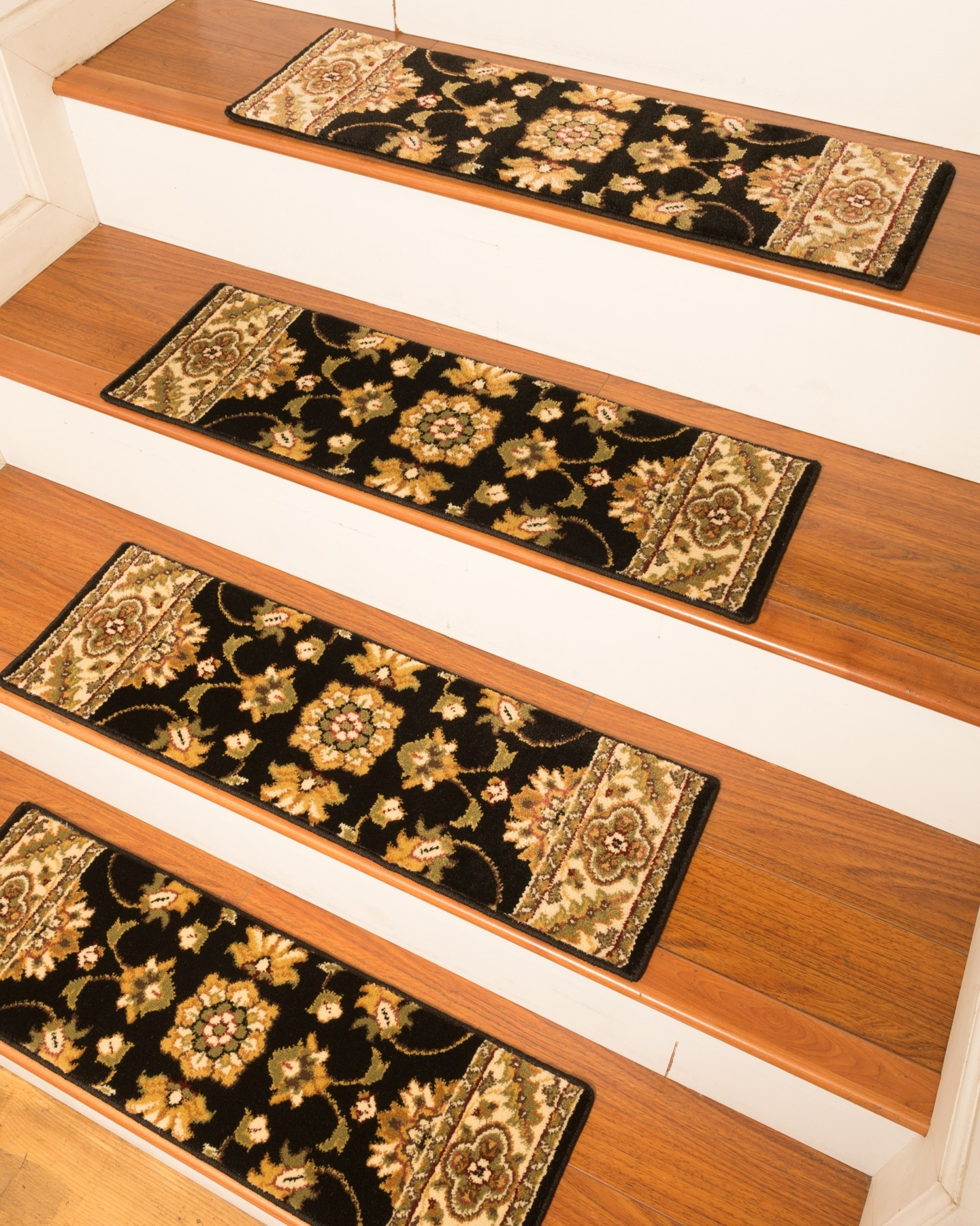 Sherwood Carpet Stair Treads Black Natural Home Rugs Natural In Stair Tread Rug Sets (Image 12 of 15)