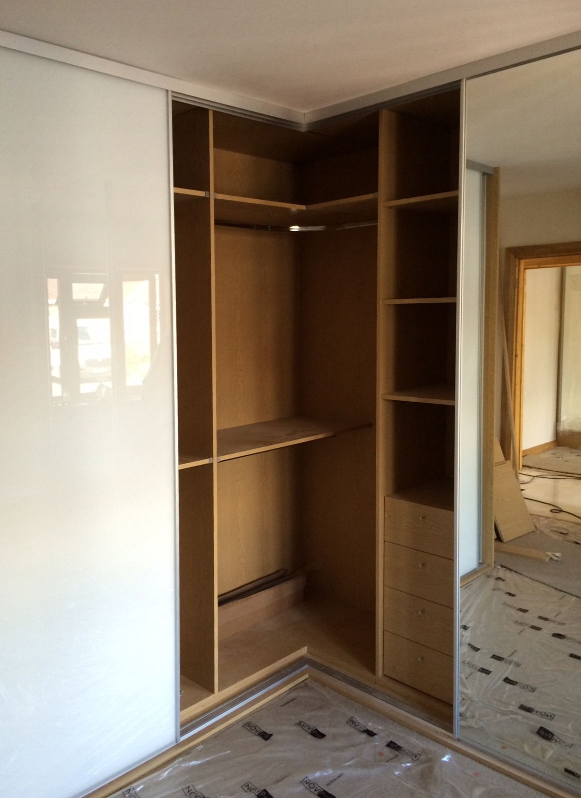 Sliding Wardrobe Doors And Wardrobe Interiors Corner L Shaped With Curved Wardrobe Doors (Image 7 of 15)
