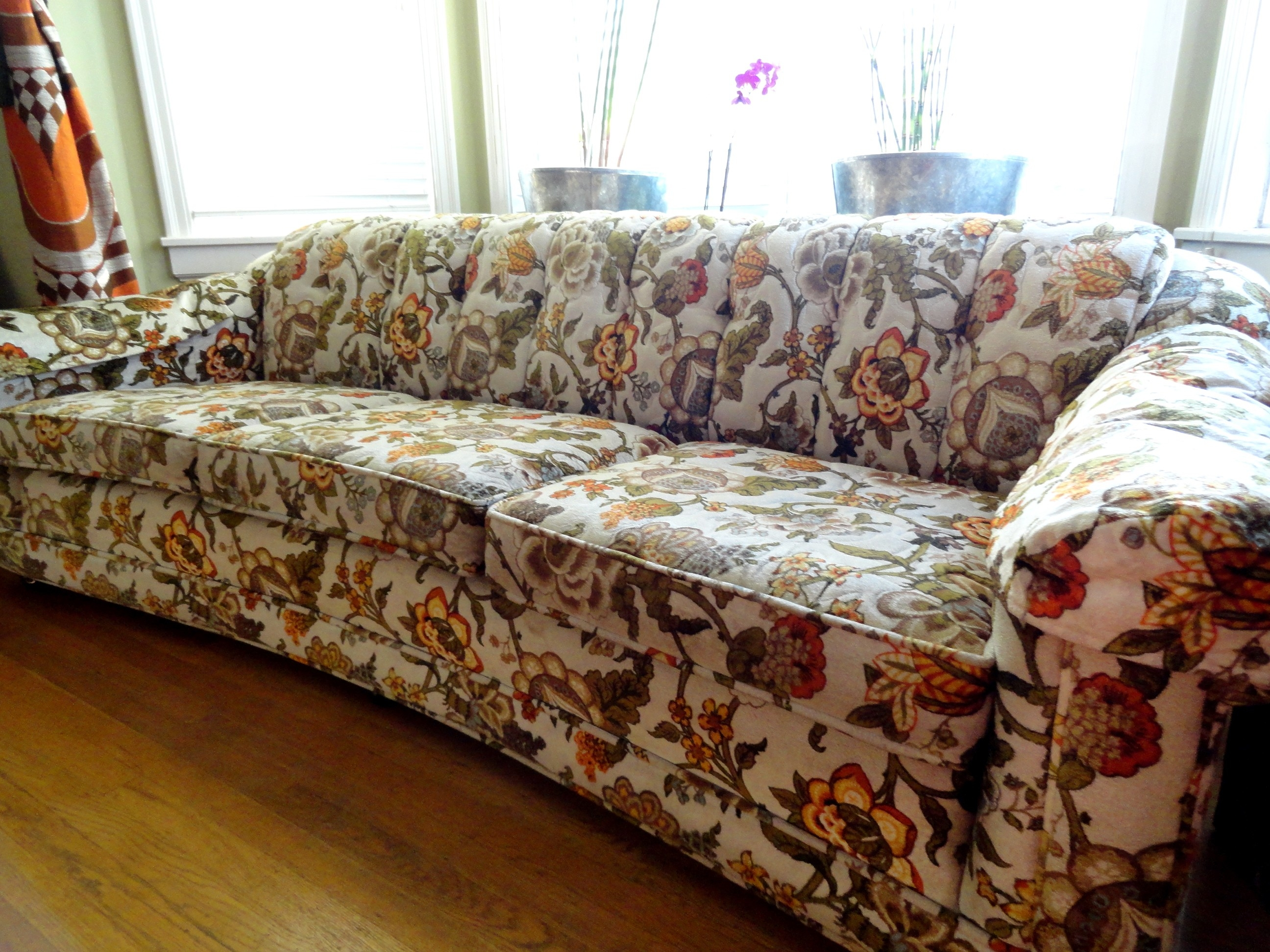 Sofas Sectionals Spruce Up Your Room With Flowered Sofas Throughout Chintz Fabric Sofas (Image 13 of 15)